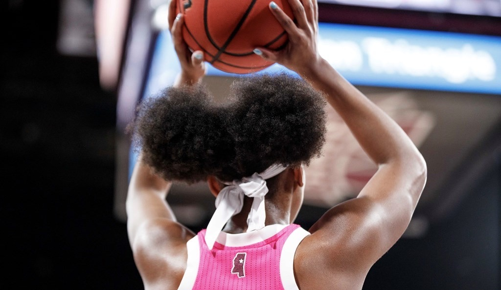 https://hailstate.com/galleries/womens-basketball/womens-basketball-vs-texas-am/starkville-ms-february-09-2020-the-mississippi-state-womens-basketball-team-during-the-game-between-the-texas-am-aggies-and-the-mississippi-state-bulldogs-at-humphrey-coliseum-in-starkville-ms-photo-by-taylor-fikes/5228/82786