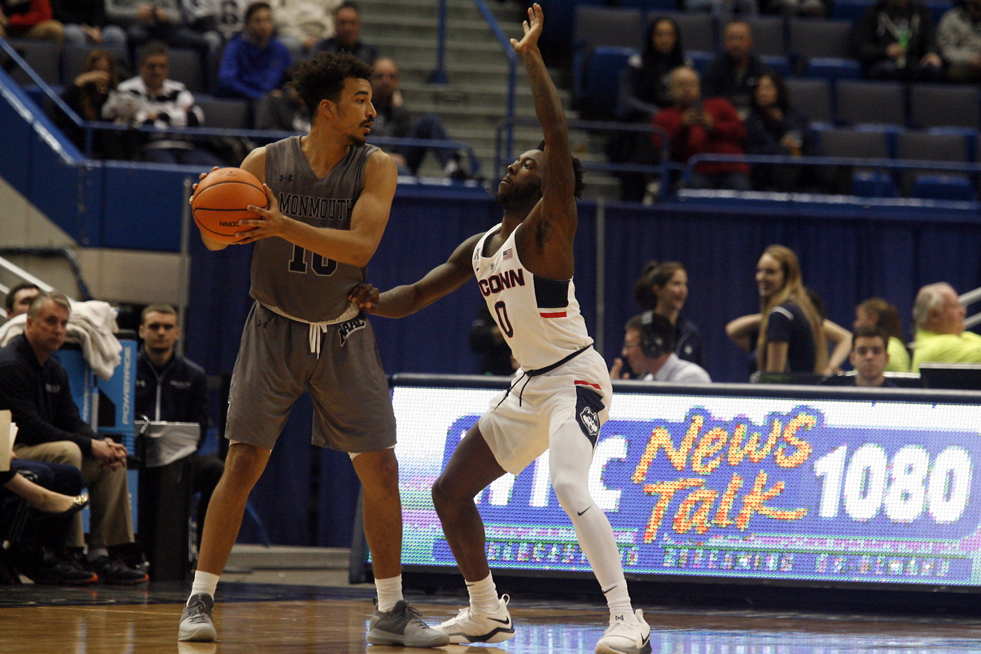 UConn's Antwoine Anderson (0) during the Monmouth Hawks vs UConn Huskies men's college basketball game at the XL Center in Hartford, CT on December 2, 2017.