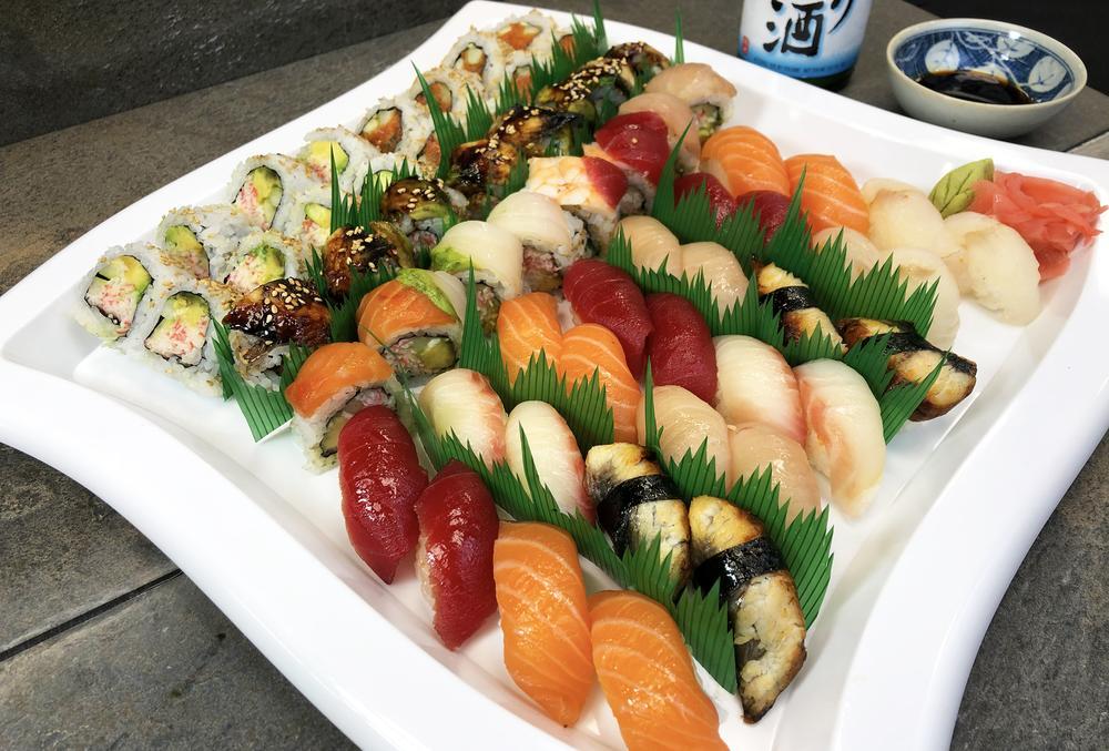 Sushi platter at Cafe Sanuki