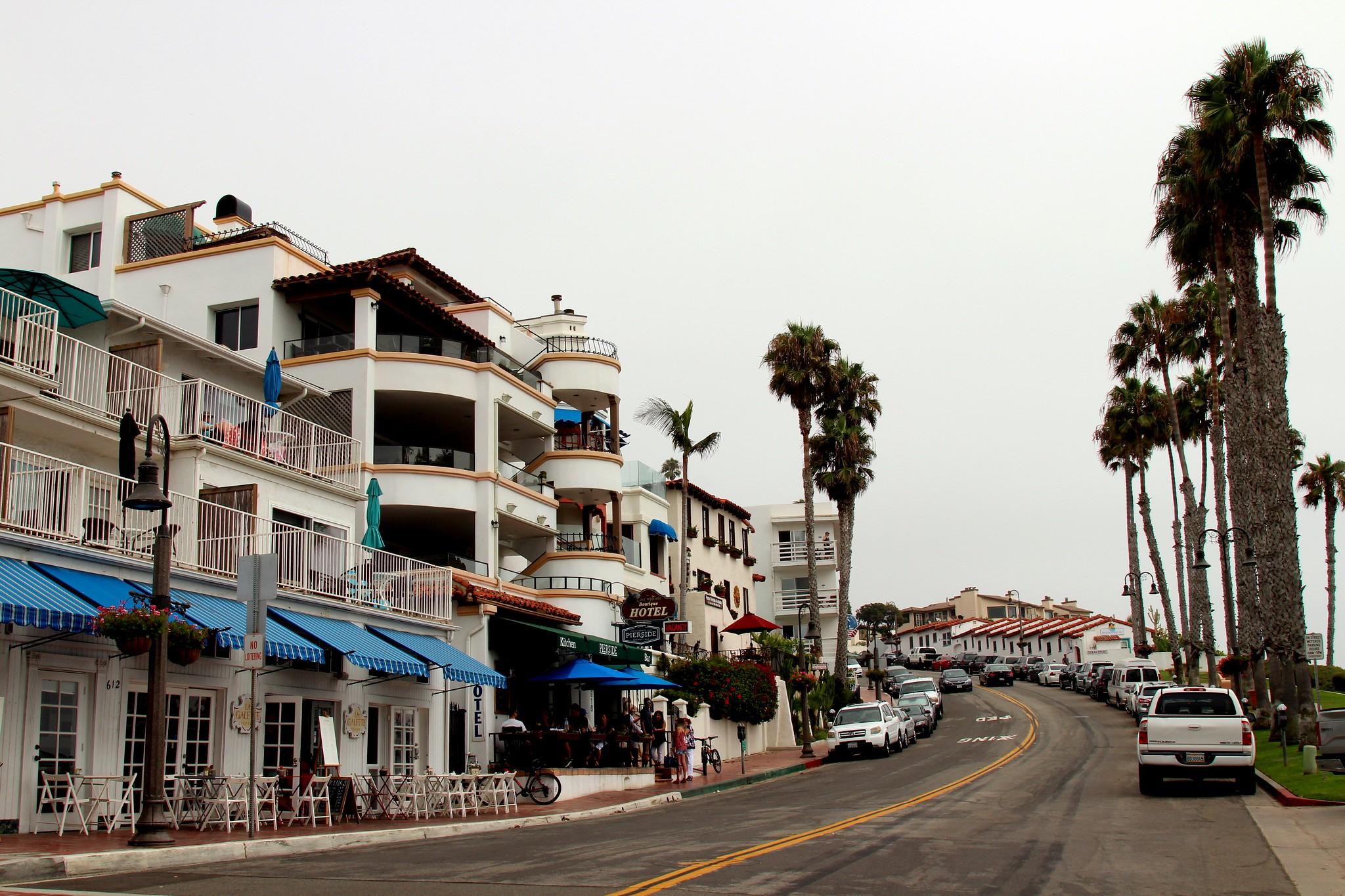 A quiet, cloudy beachside downtown.