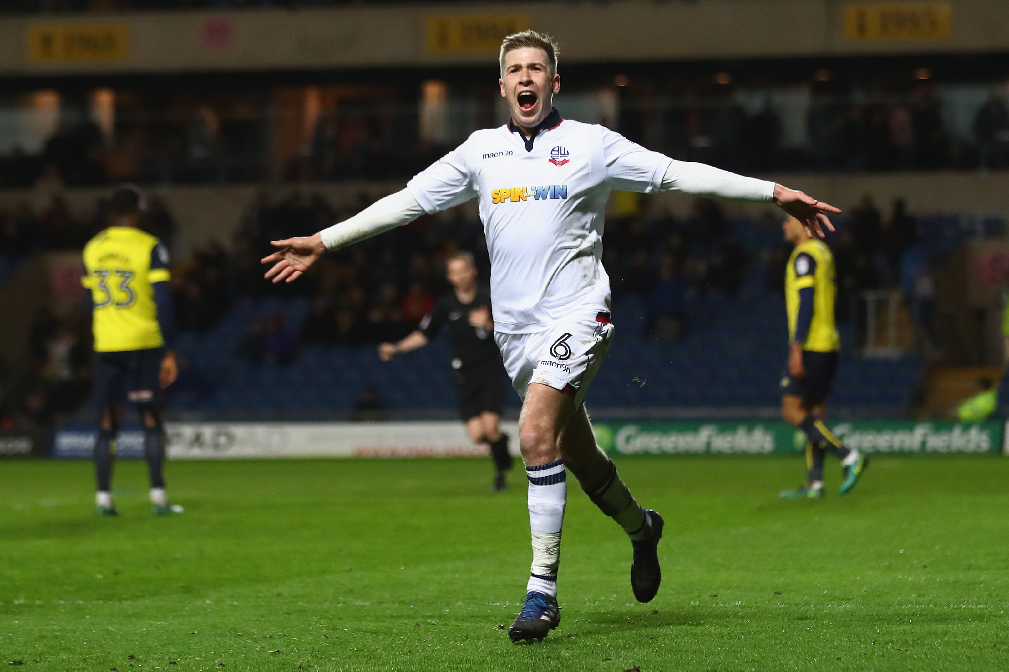 Oxford United v Bolton Wanderers - Sky Bet League One