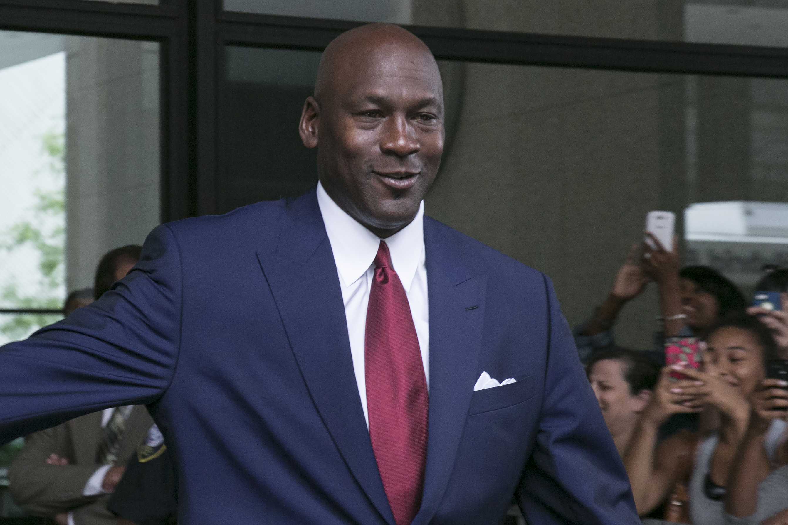 Early in his career, Michael Jordan was able to shop at Jewel after hours to avoid crowds of fans.