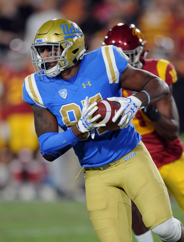 COLLEGE FOOTBALL: NOV 18 UCLA at USC