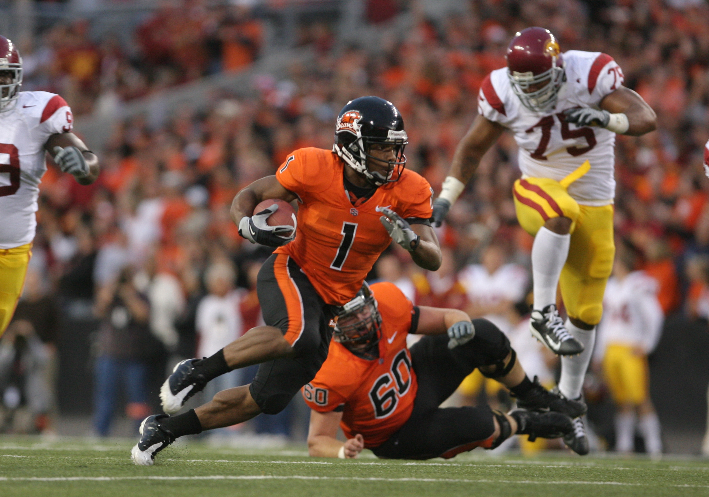 Football - NCAA - Oregon State vs. USC