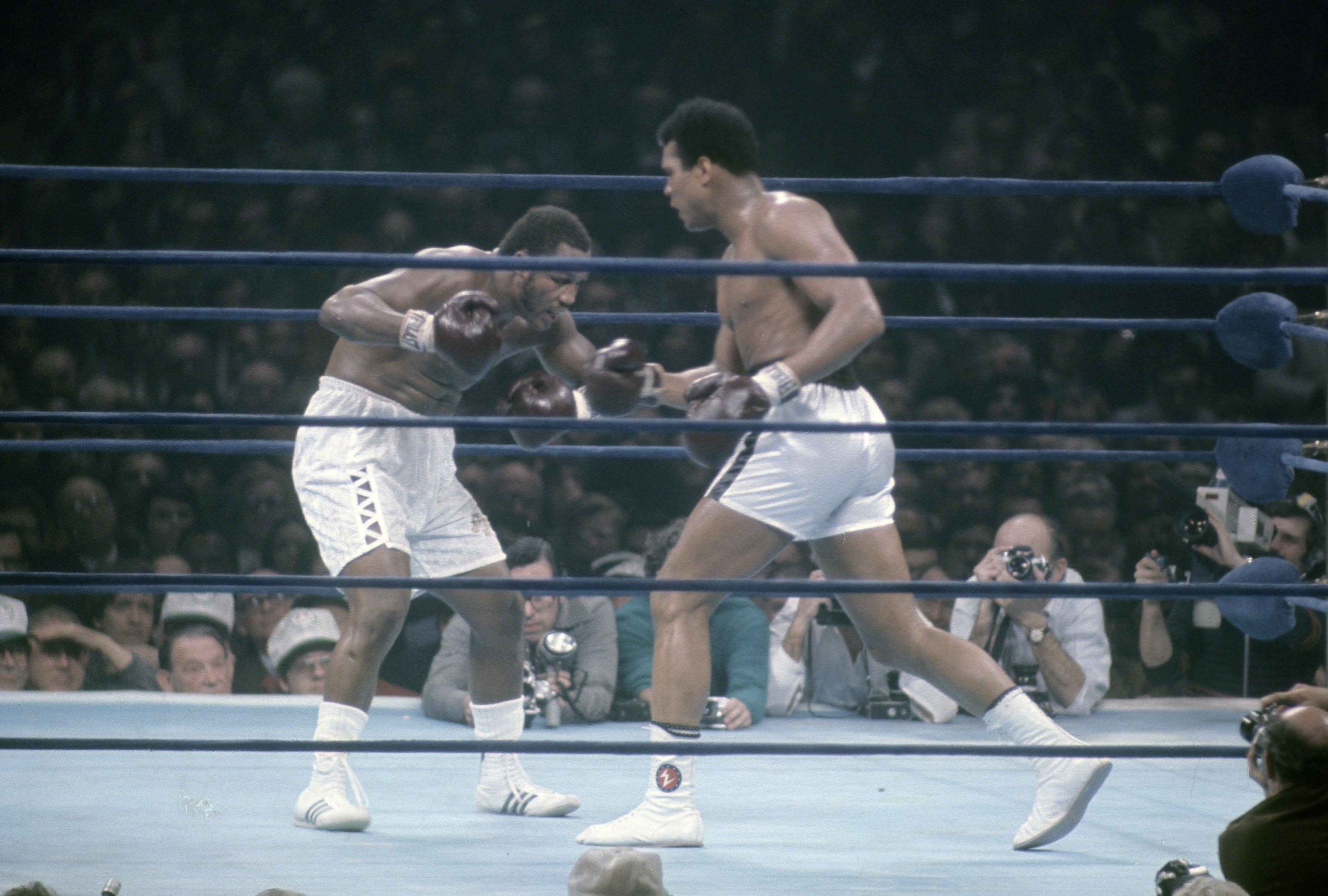 1974 NABF Heavyweight title fight: Muhammad Ali v Joe Frazier