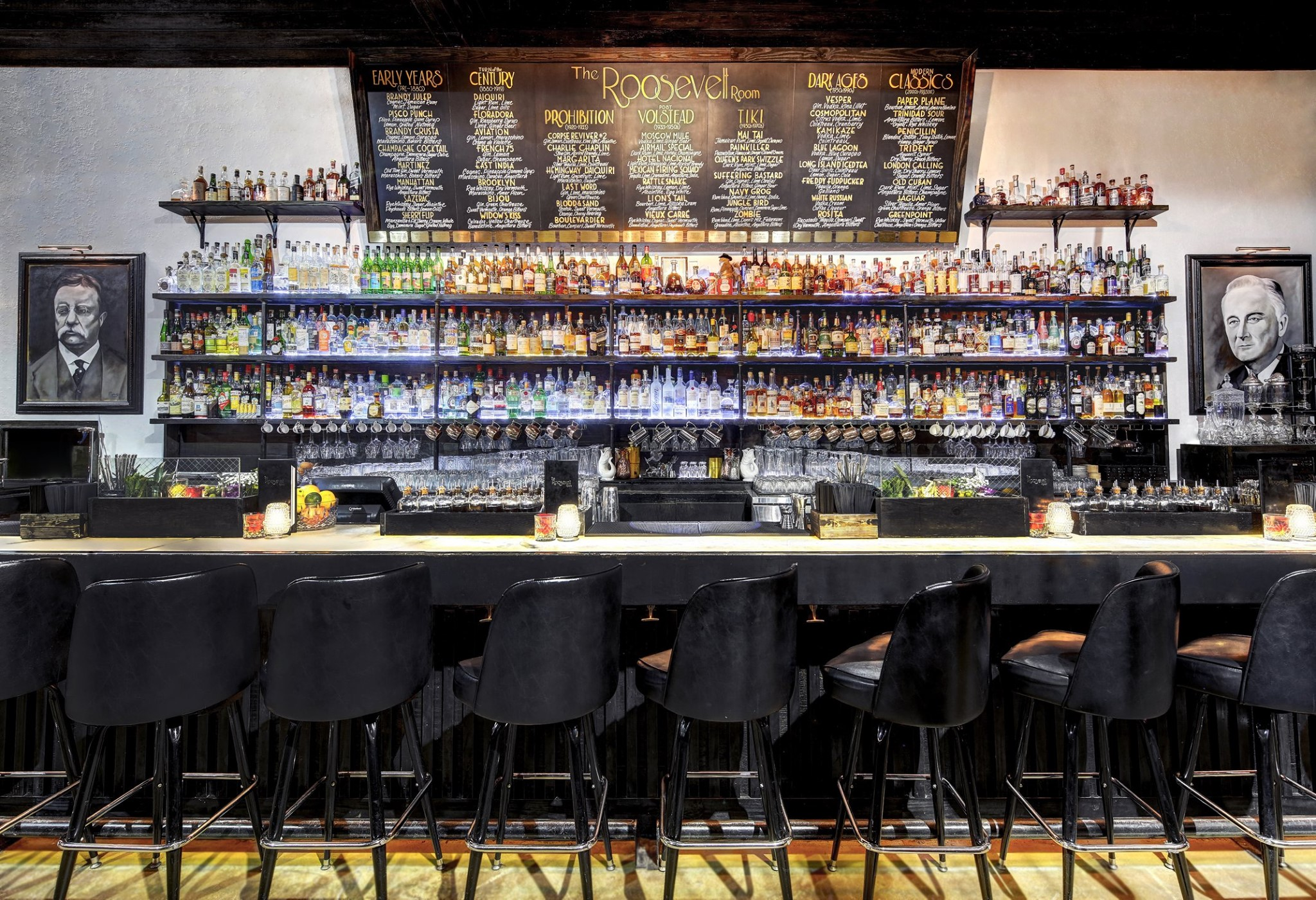 The bar at the Roosevelt Room