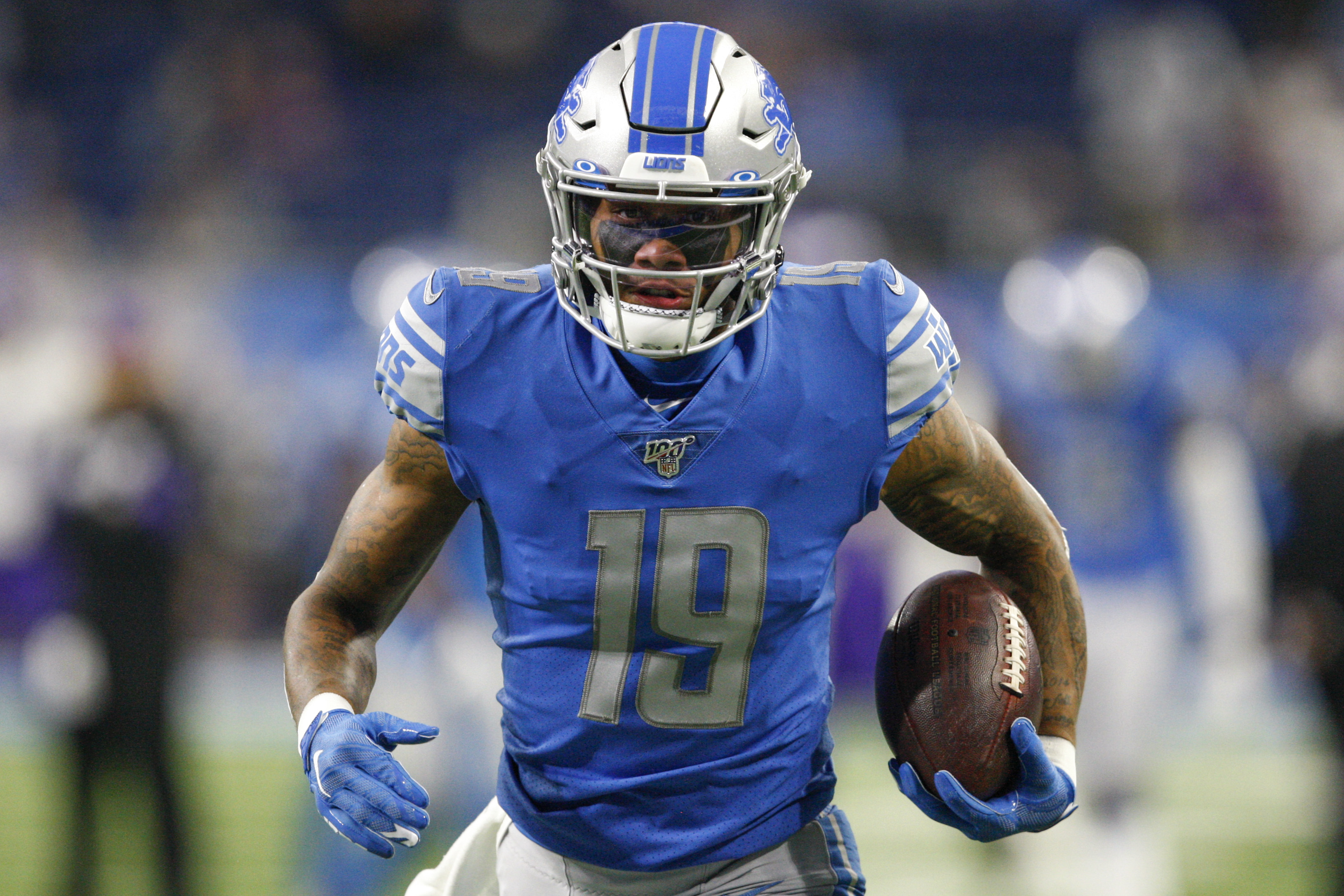 Detroit Lions wide receiver Kenny Golladay warms up before the game against the Minnesota Vikings at Ford Field.