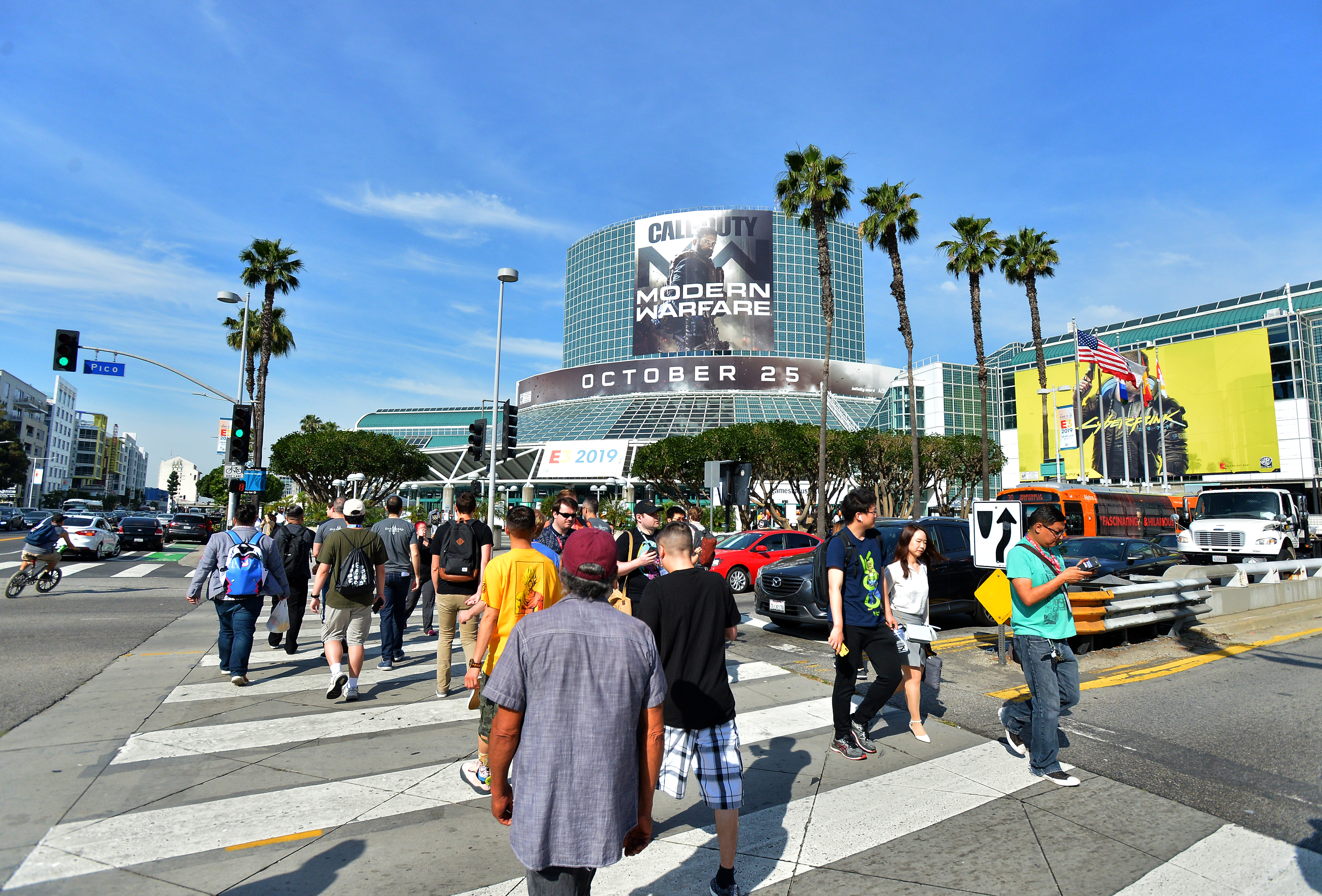 convention goers arrive on day 1 of E3 2019 at the Los Angeles Convention center on June 11, 2019 in Los Angeles, California.