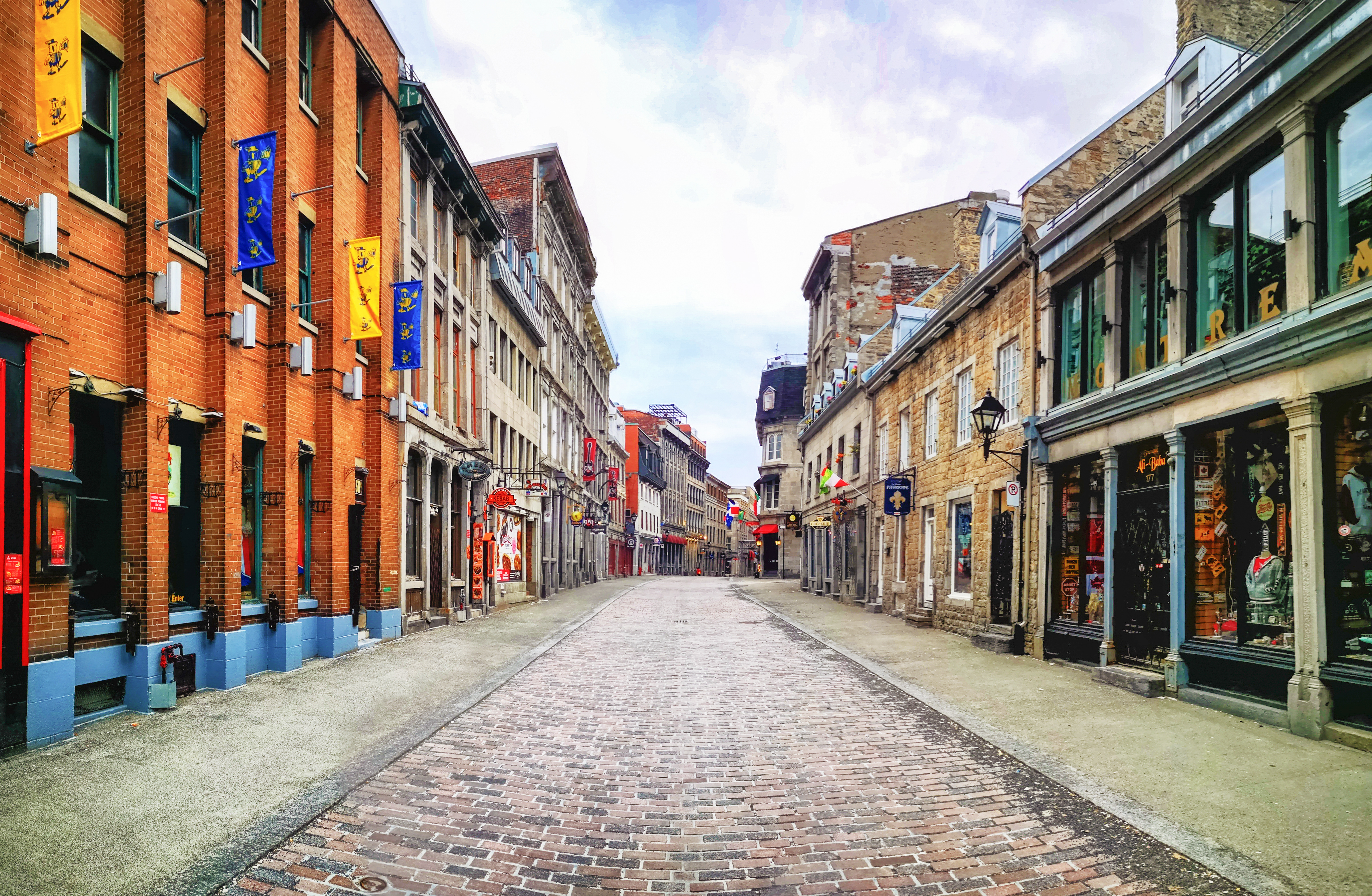 An empty street in the Old Montreal neighborhood.