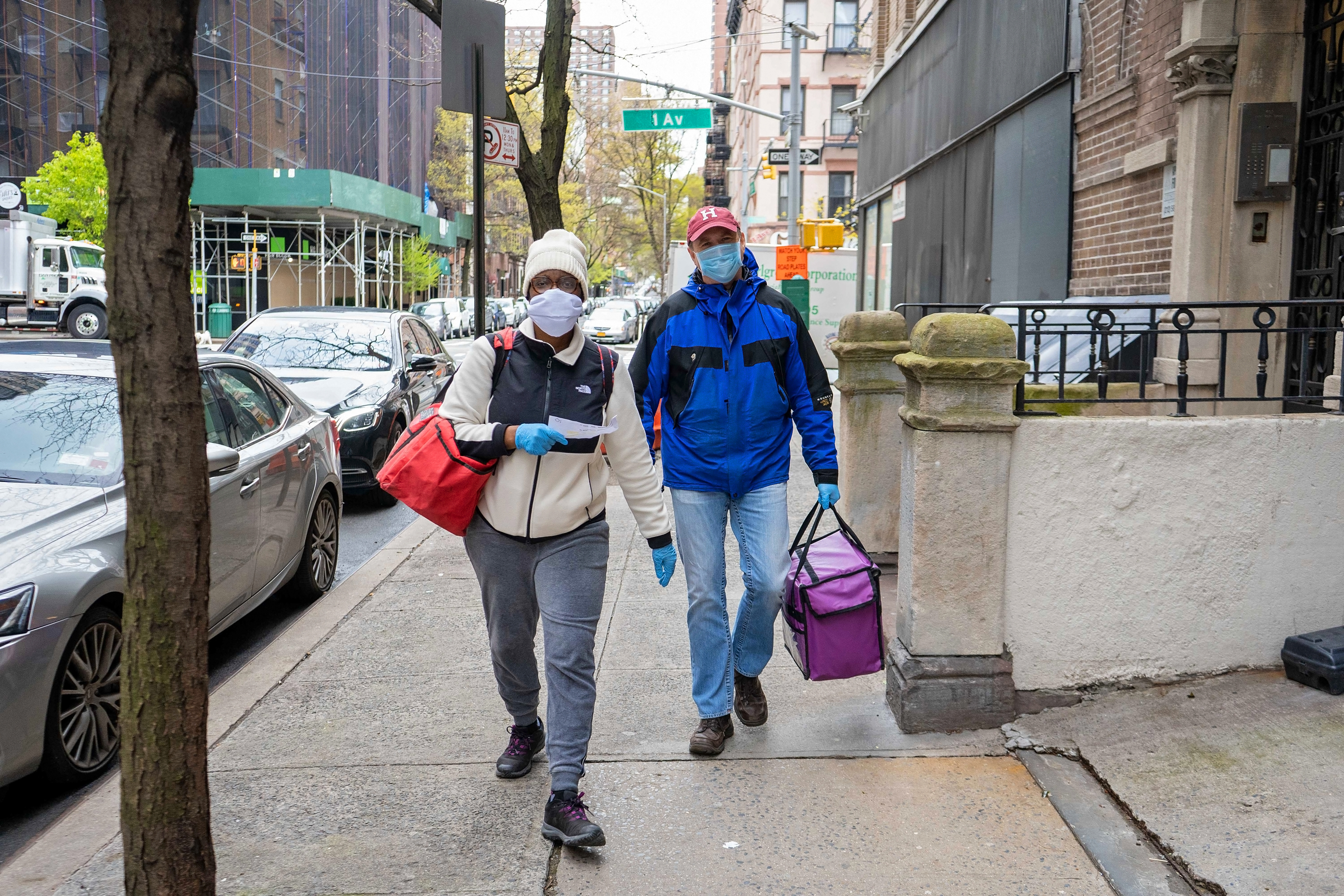 Isaacs Center volunteers deliver meals to seniors during the coronavirus pandemic.