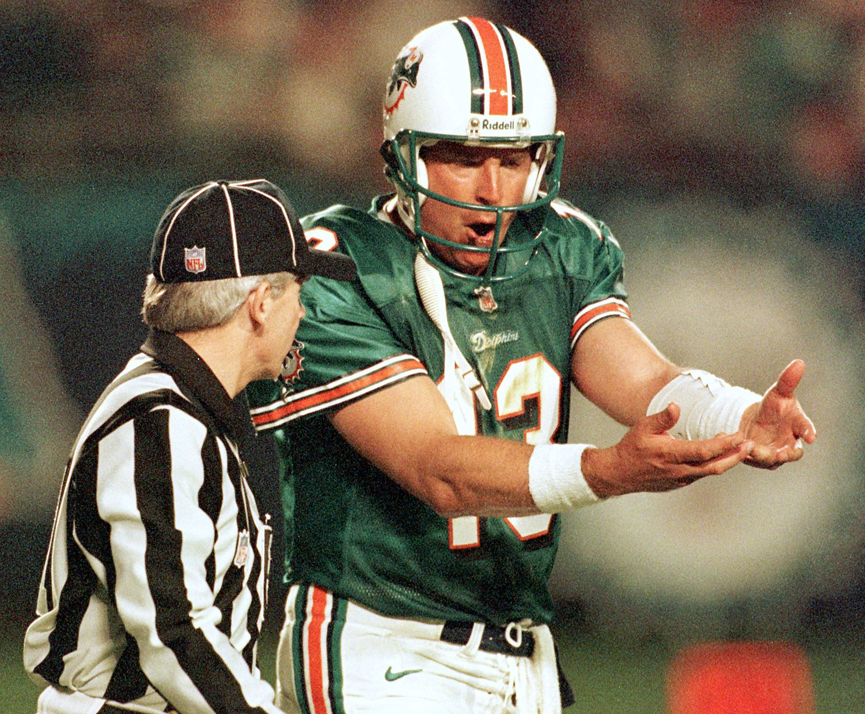 FBN-JETS-DOLPHINS-MARINO-OFFICIAL