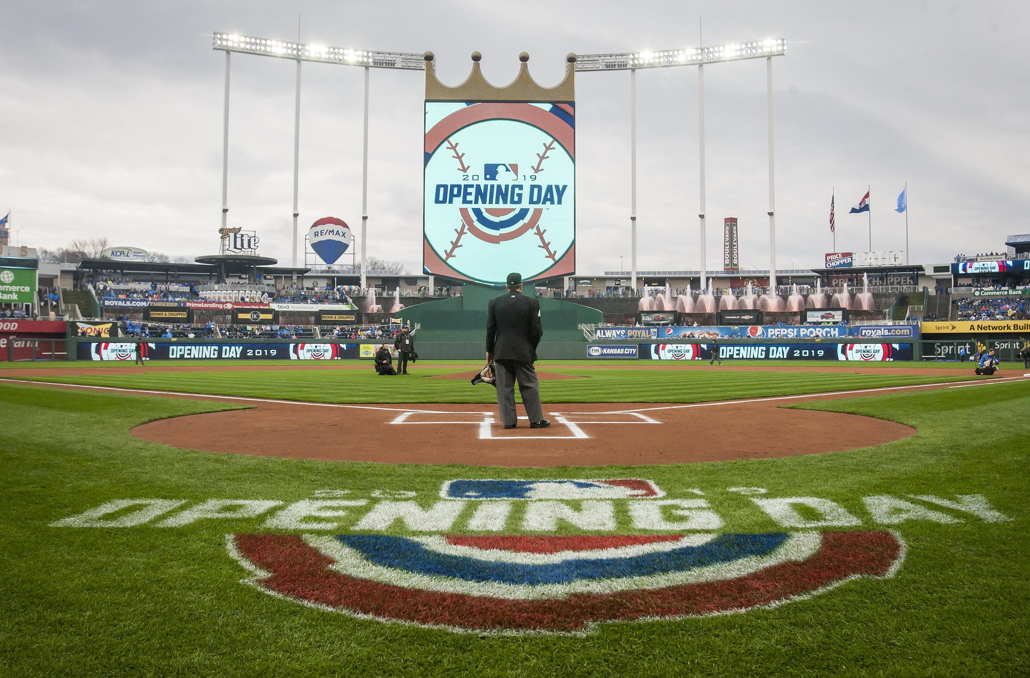 MLB: MAR 28 White Sox at Royals