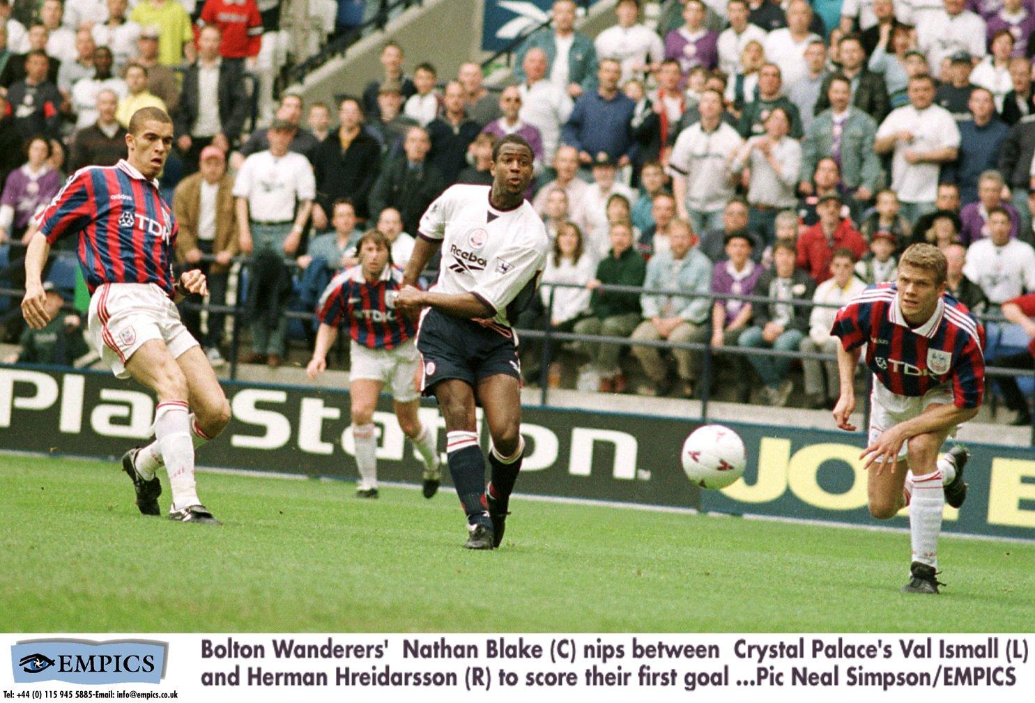 Soccer - FA Carling Premiership - Bolton Wanderers v Crystal Palace