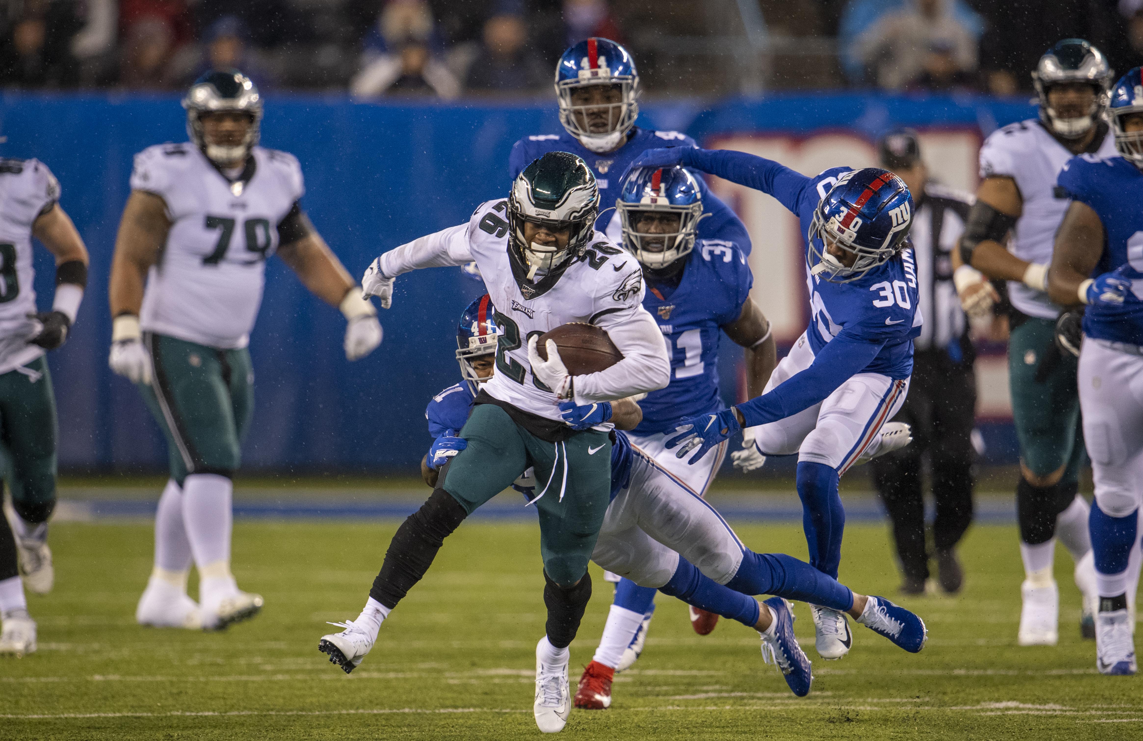 Philadelphia Eages v New York Giants