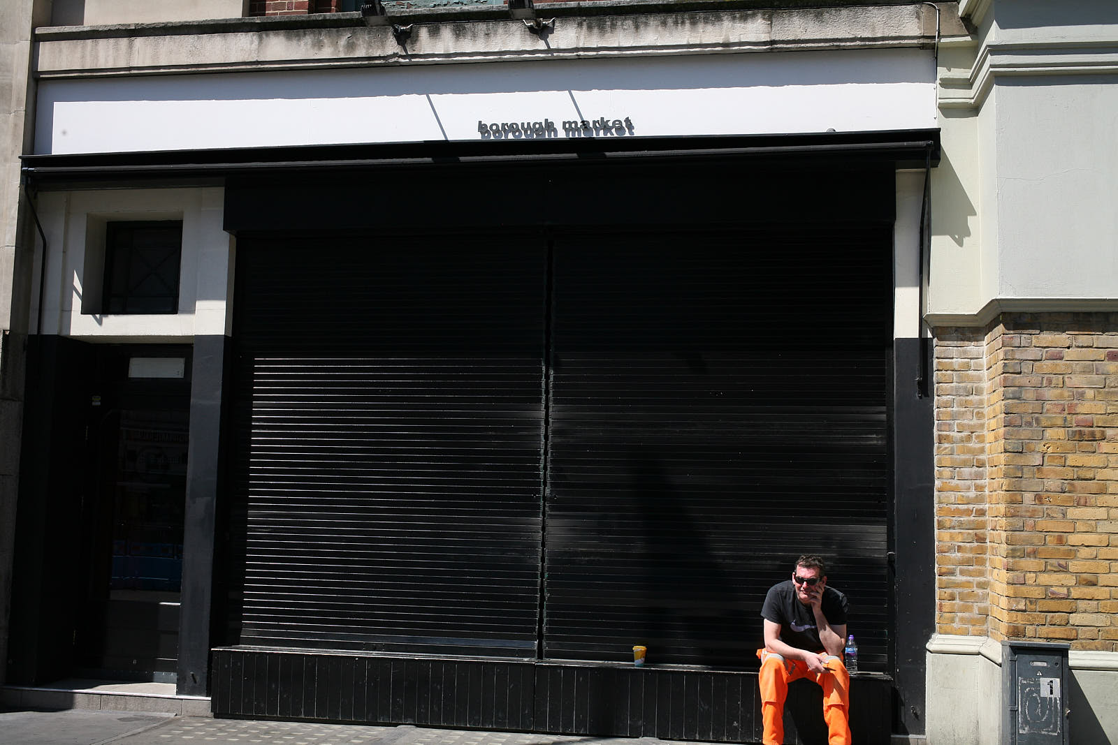 Restaurants in London remain closed as a result of COVID-19