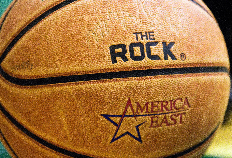 Basketball - NCAA - Hartford vs. Vermont