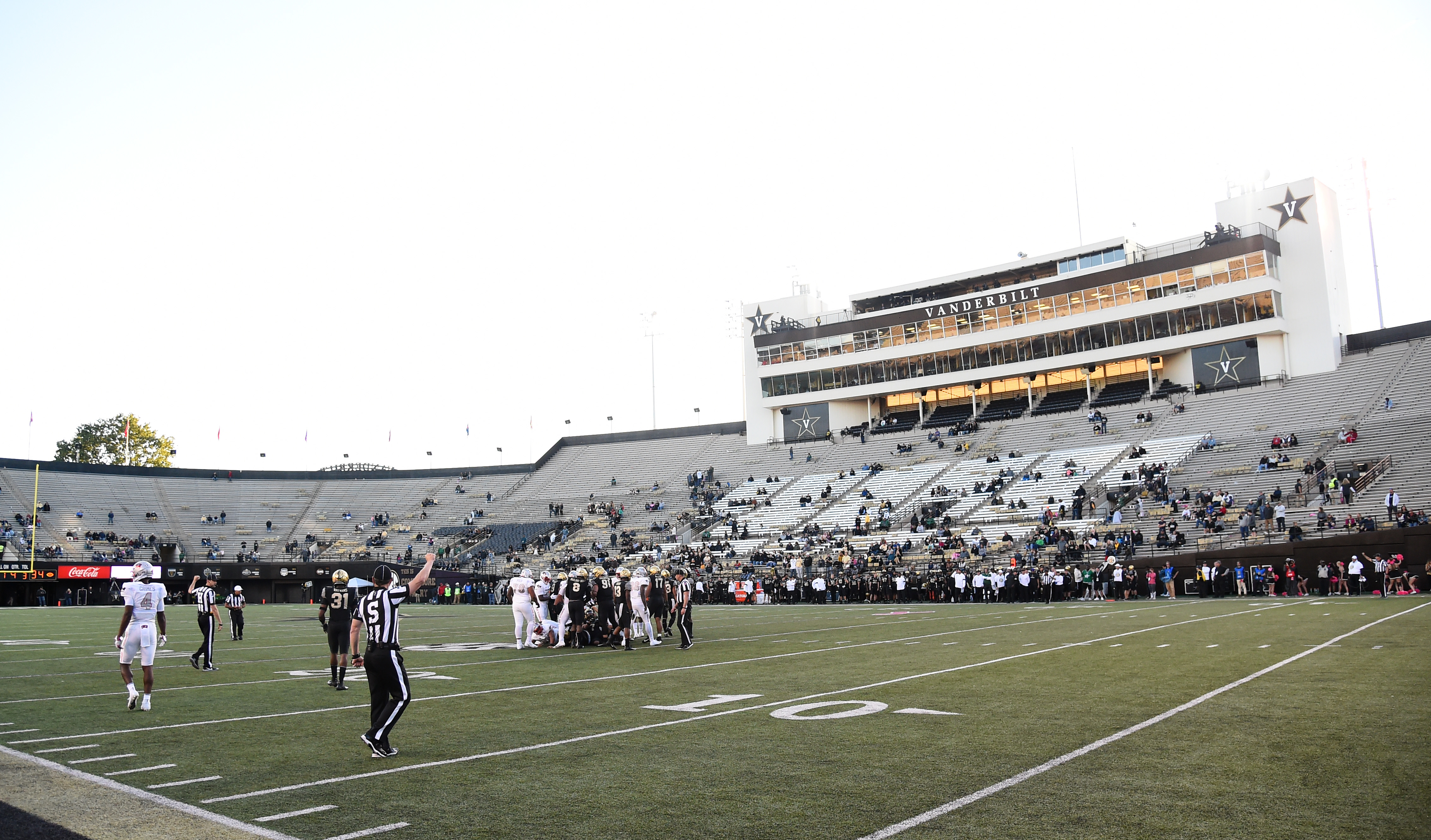 NCAA Football: UNLV at Vanderbilt
