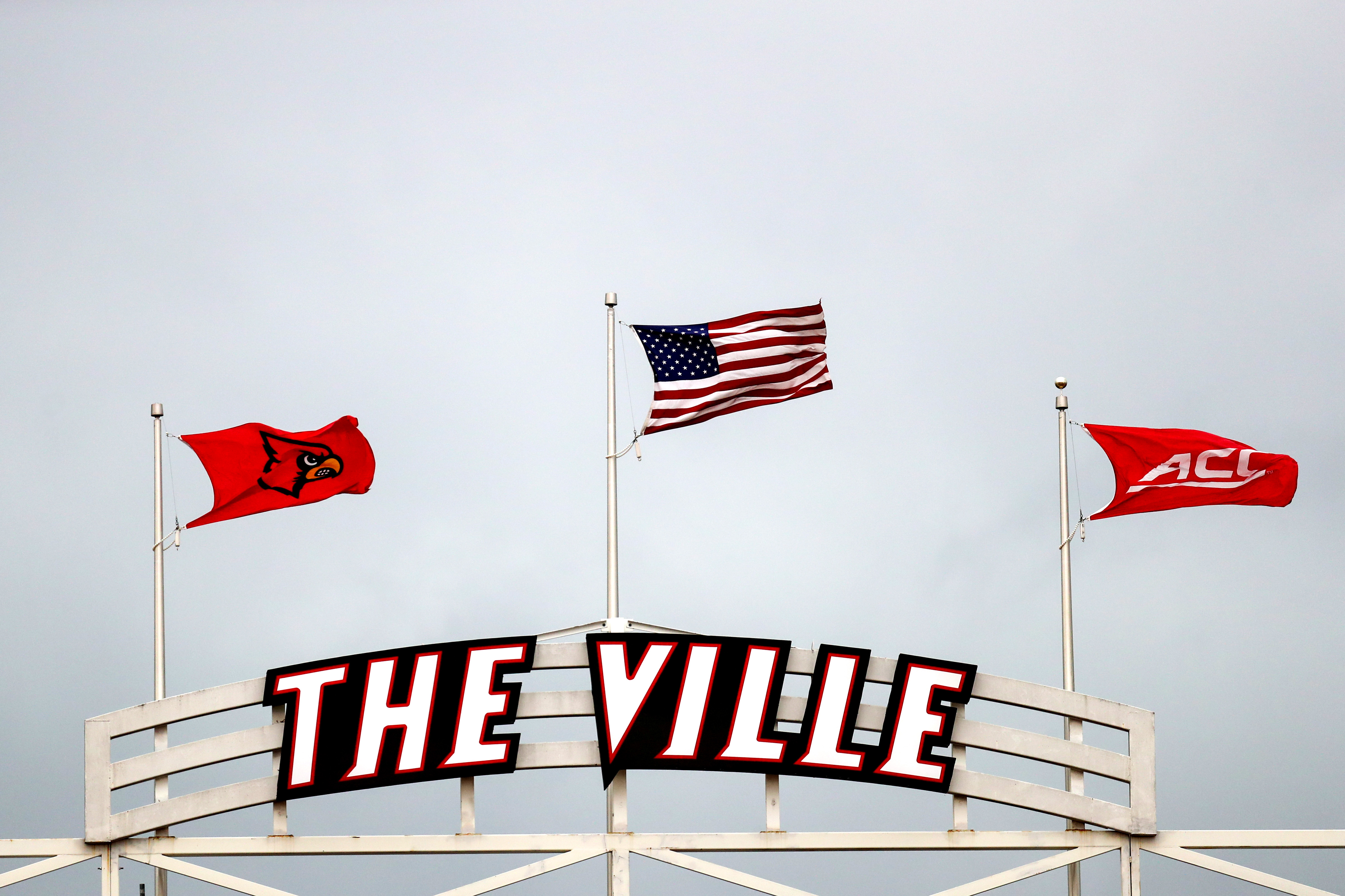 COLLEGE FOOTBALL: OCT 26 Virginia at Louisville