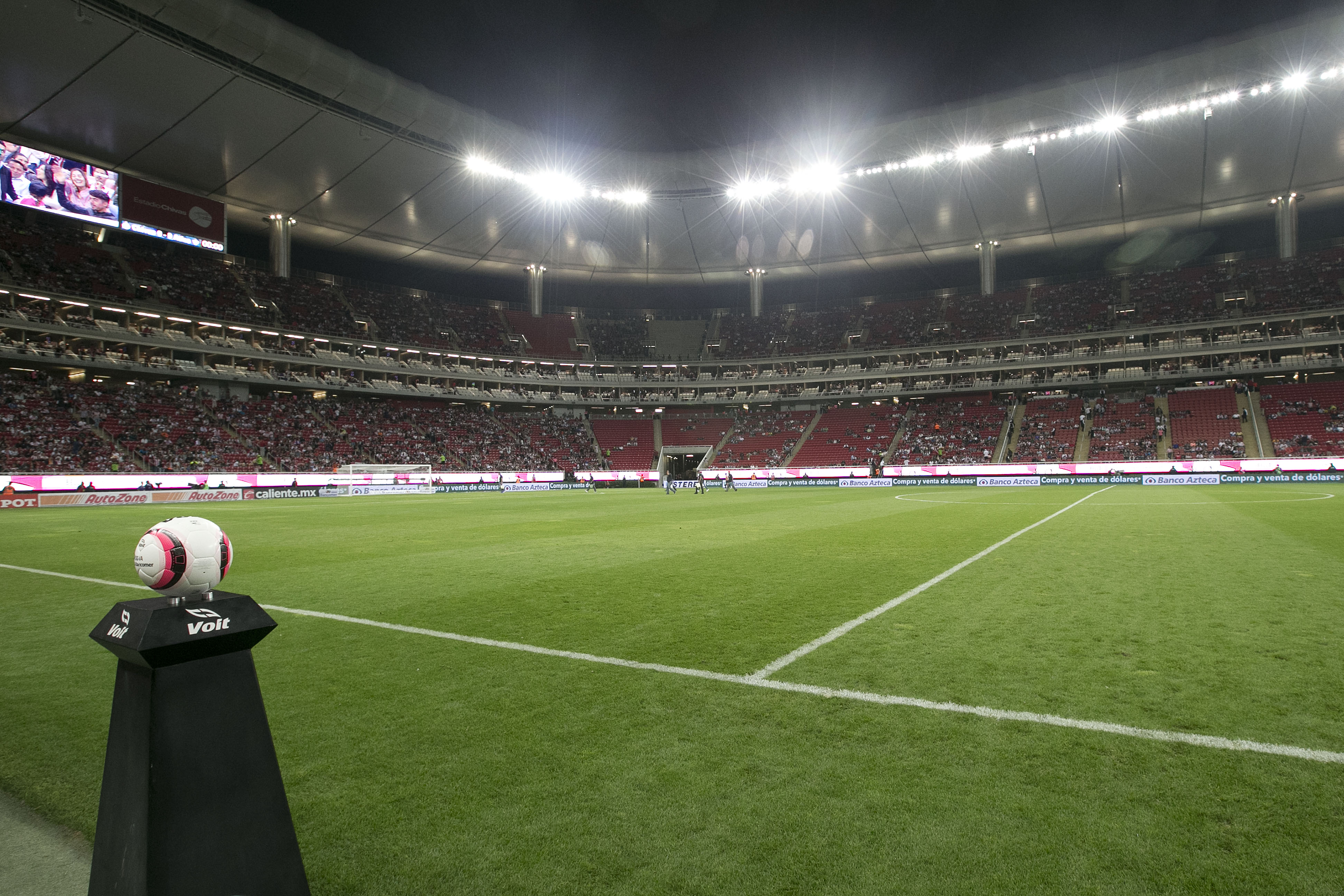 Chivas v Atlas - Torneo Apertura 2017 Liga MX
