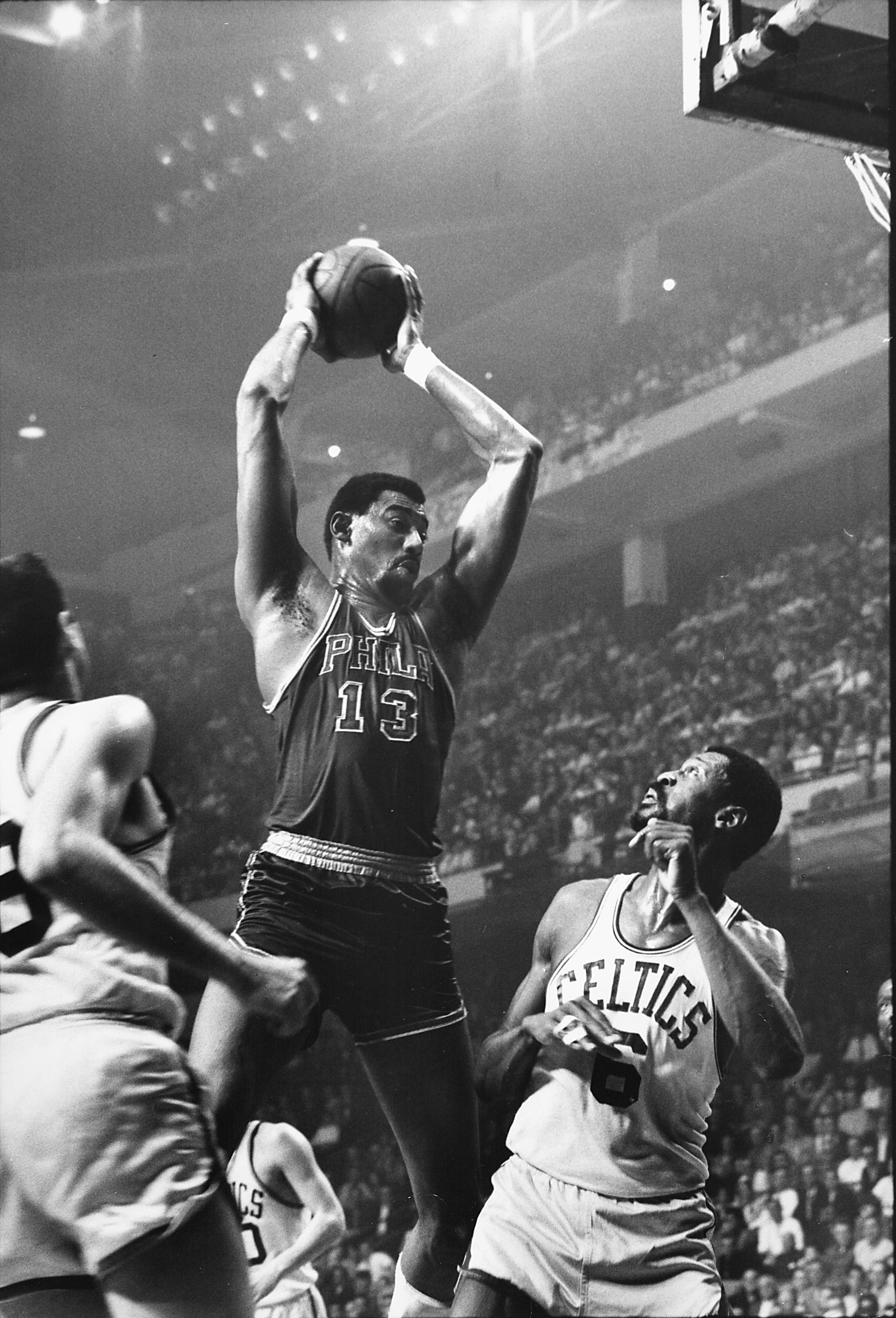 Bill Russell [76ers];Wilt Chamberlain [76ers]