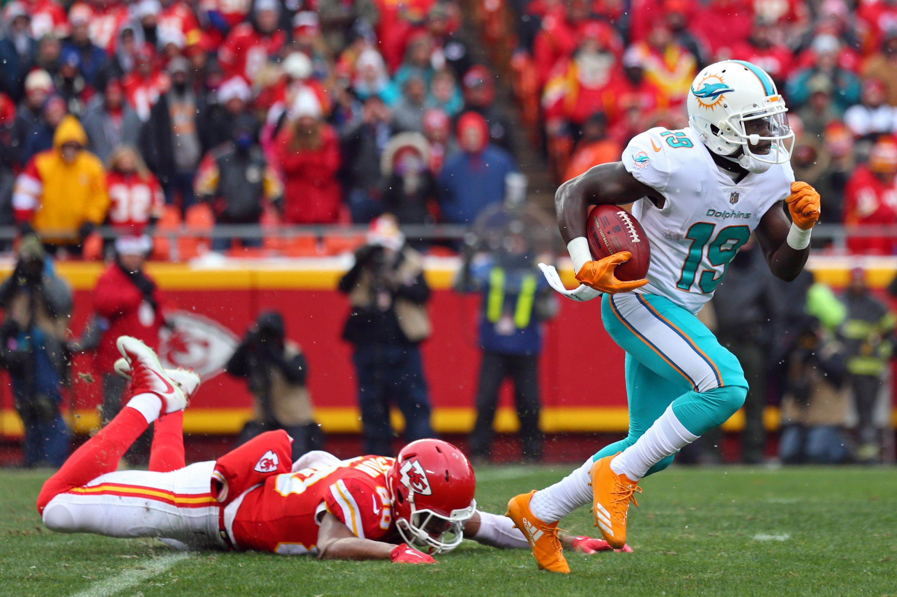 NFL: Miami Dolphins at Kansas City Chiefs