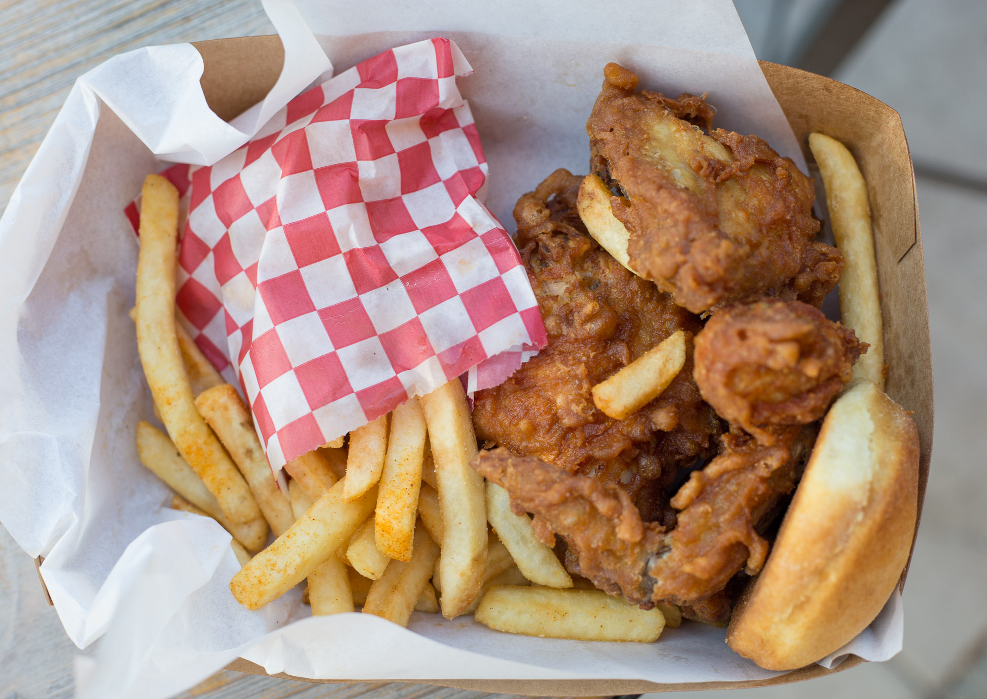 Honey's Kettle fried chicken in Culver City, Calfiornia