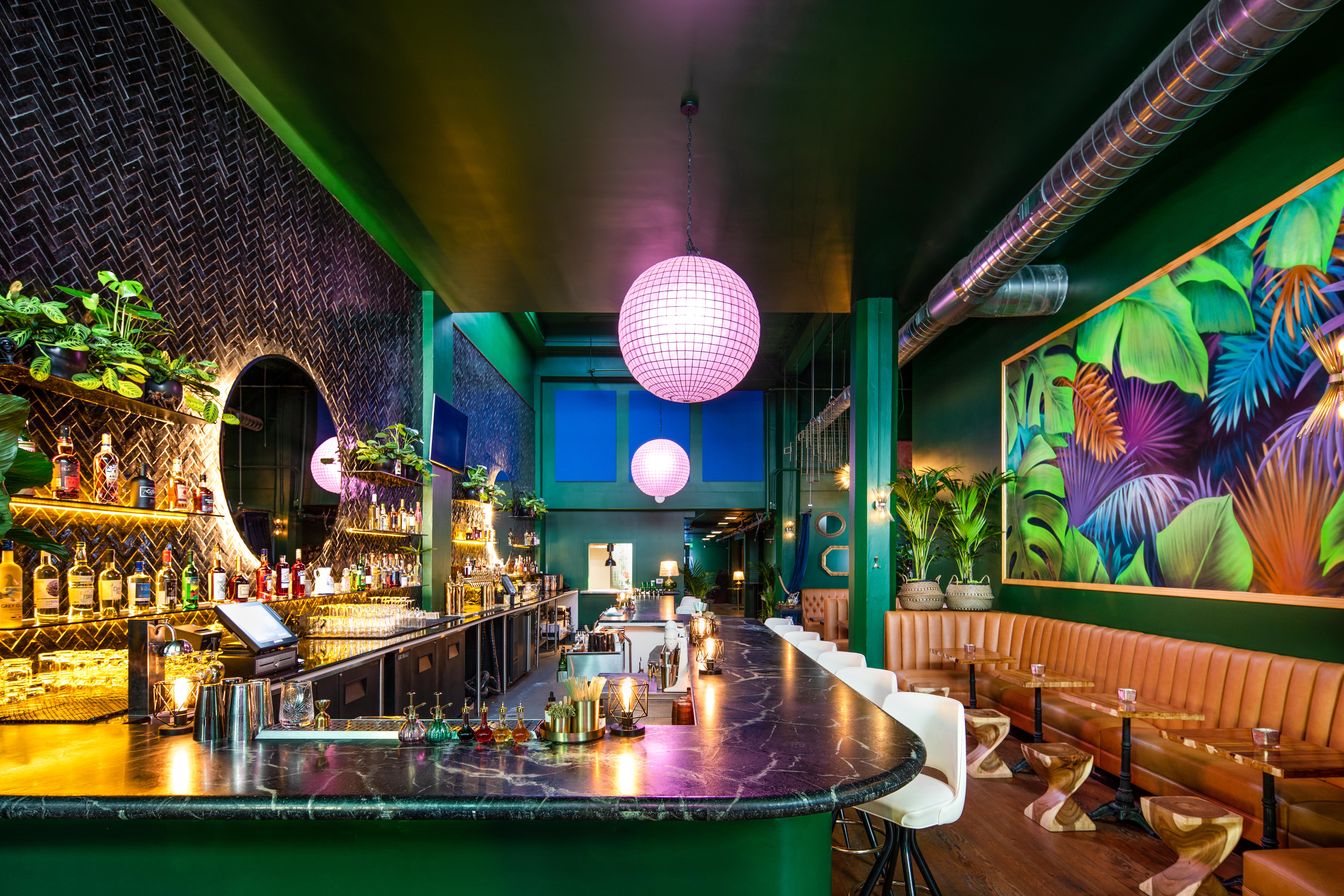 View of the bar at Sobre Mesa