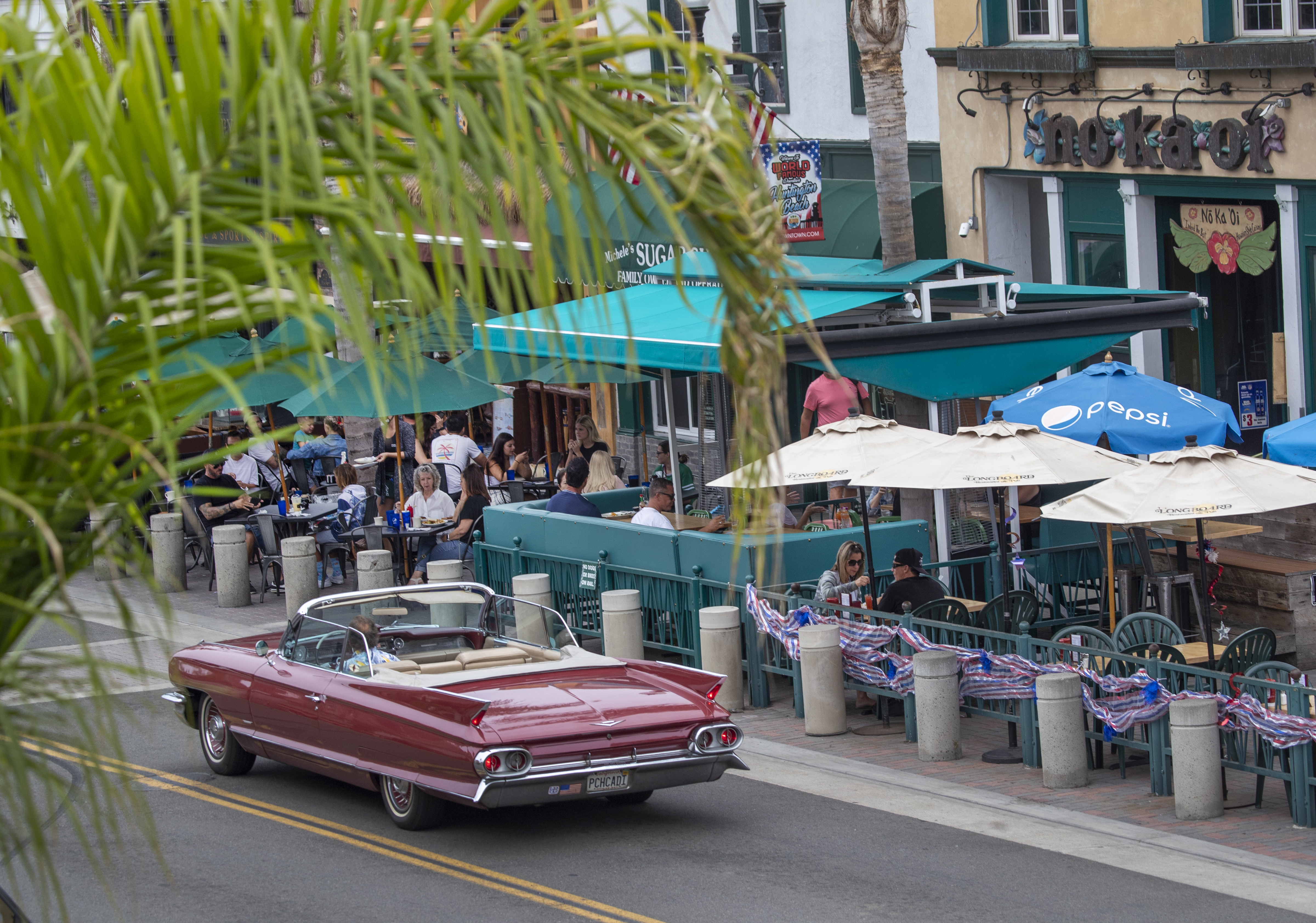Bars across Orange County, many of which have only recently reopened, will be forced to shut down again beginning at midnight Thursday, Gov. Newsom announced.