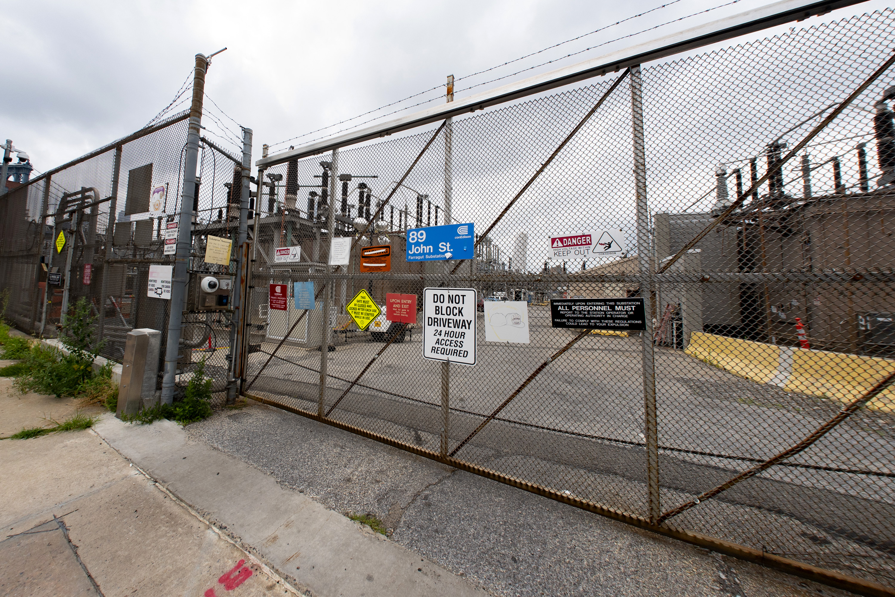 A lawsuit seeks to force the state to reveal enforcement records for the Con Ed substation at 89 John Street in Brooklyn and other company facilities.