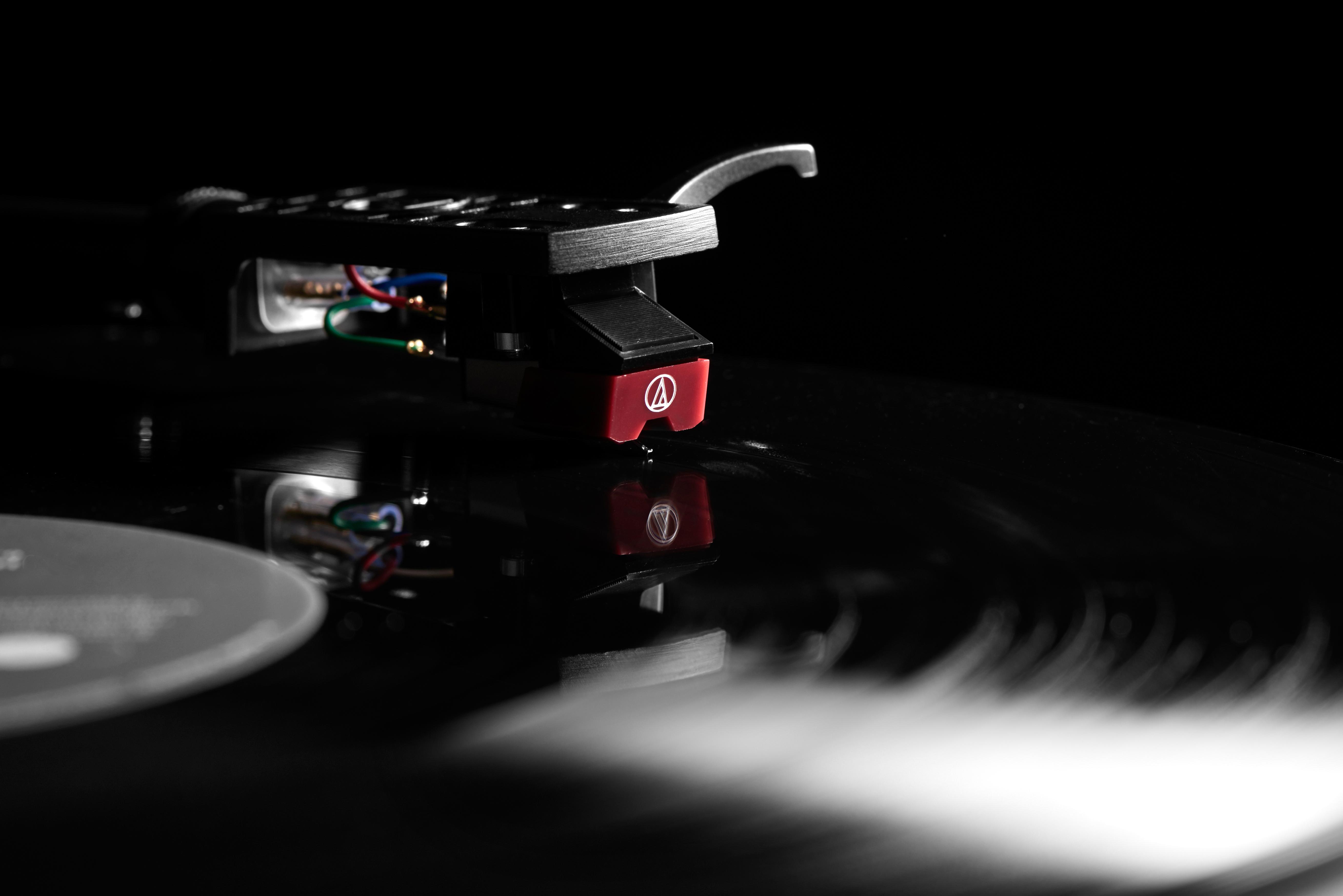 Audio Technica LP5 Turntable