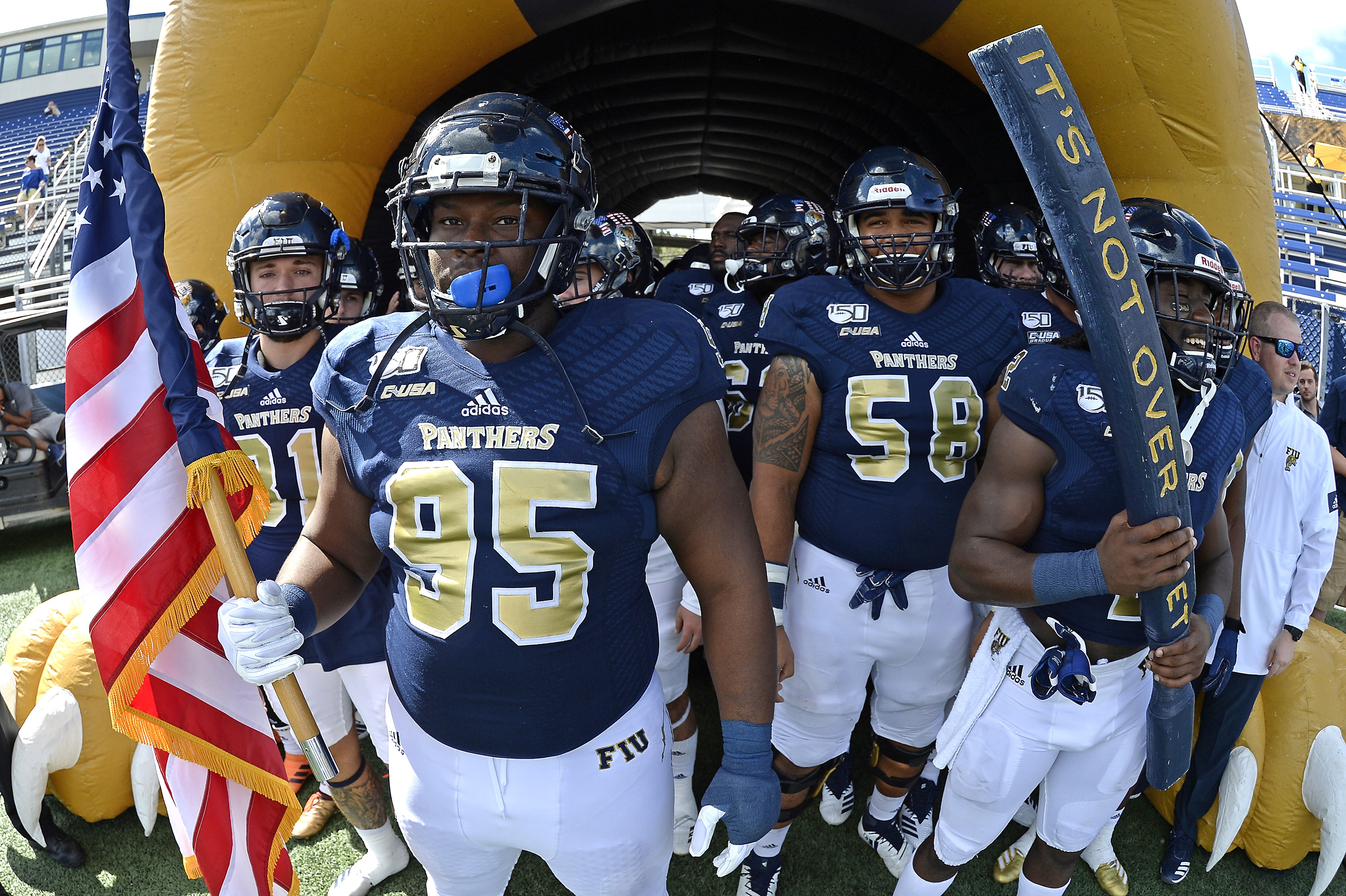 COLLEGE FOOTBALL: NOV 02 Old Dominion at FIU