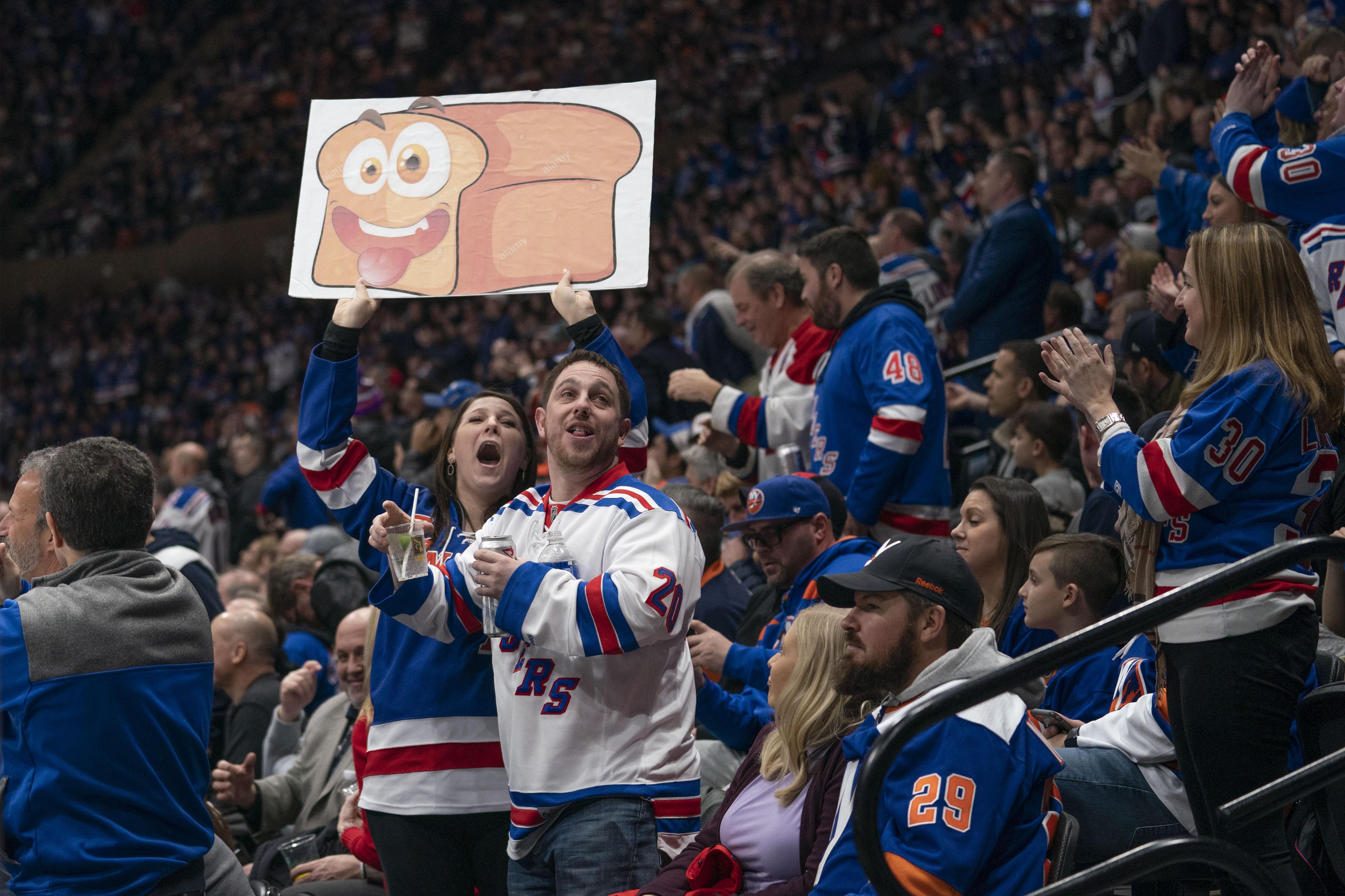 NHL: JAN 16 Rangers at Islanders