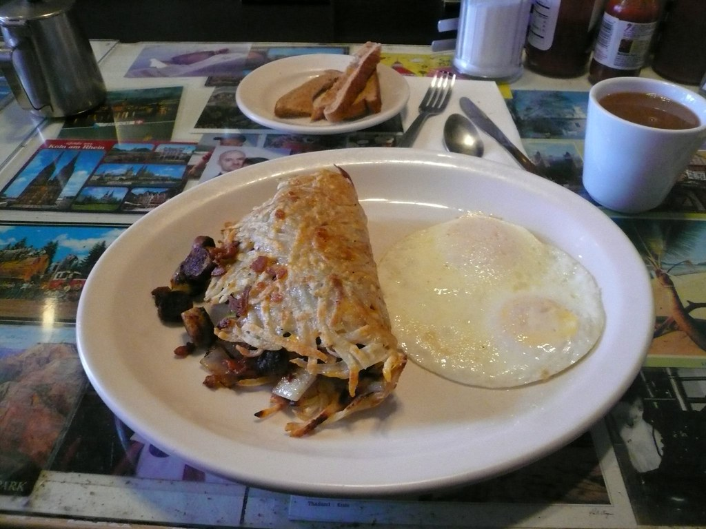 Hash brown sandwich at Art's Cafe