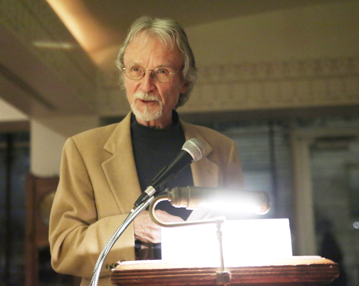 Robert Hellenga accepts the 2015 Society of Midland Authors adult fiction award at the Cliff Dwllers Club in Chicago.