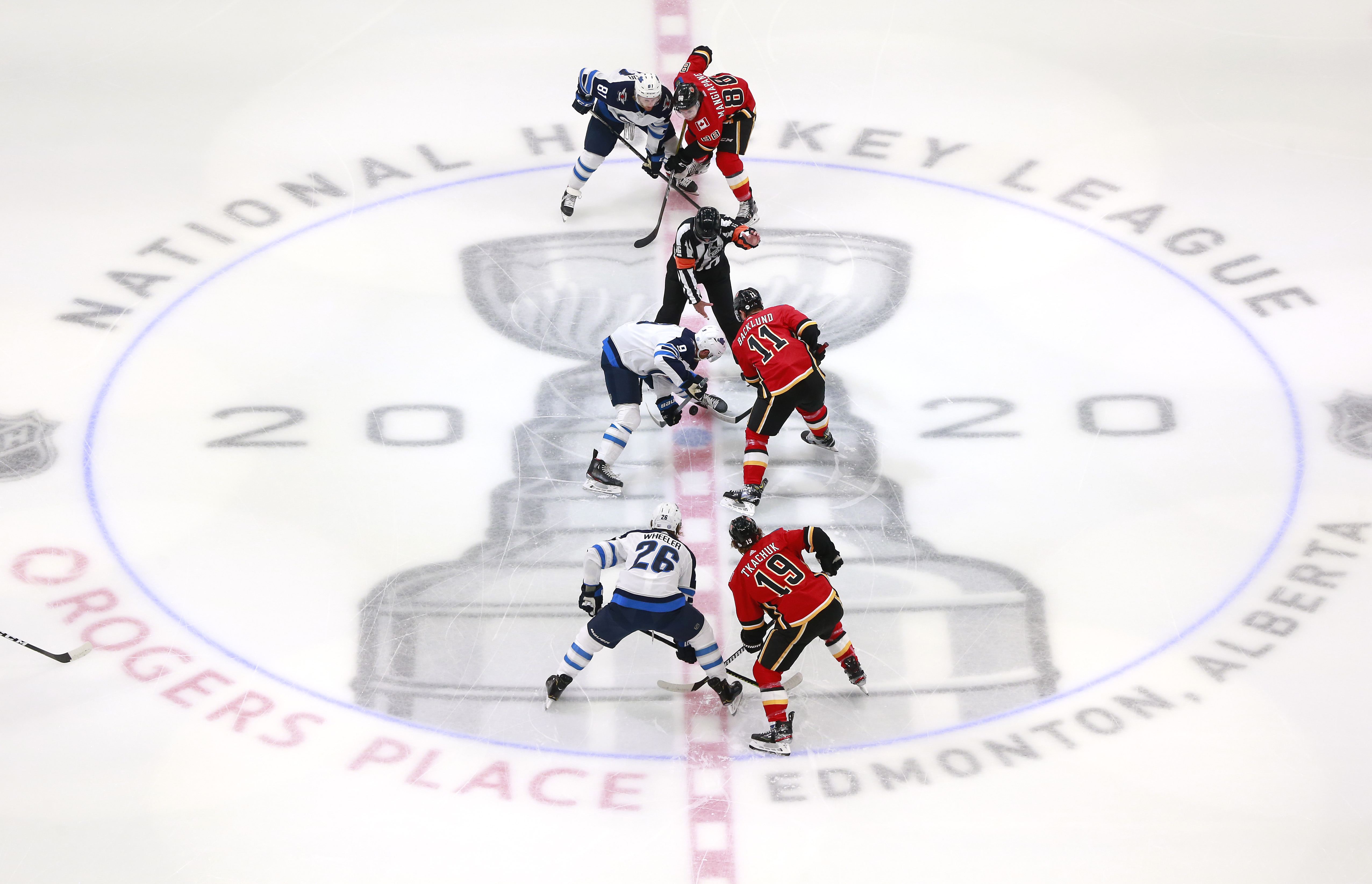 NHL: Western Conference Qualifications-Calgary Flames vs Winnipeg Jets