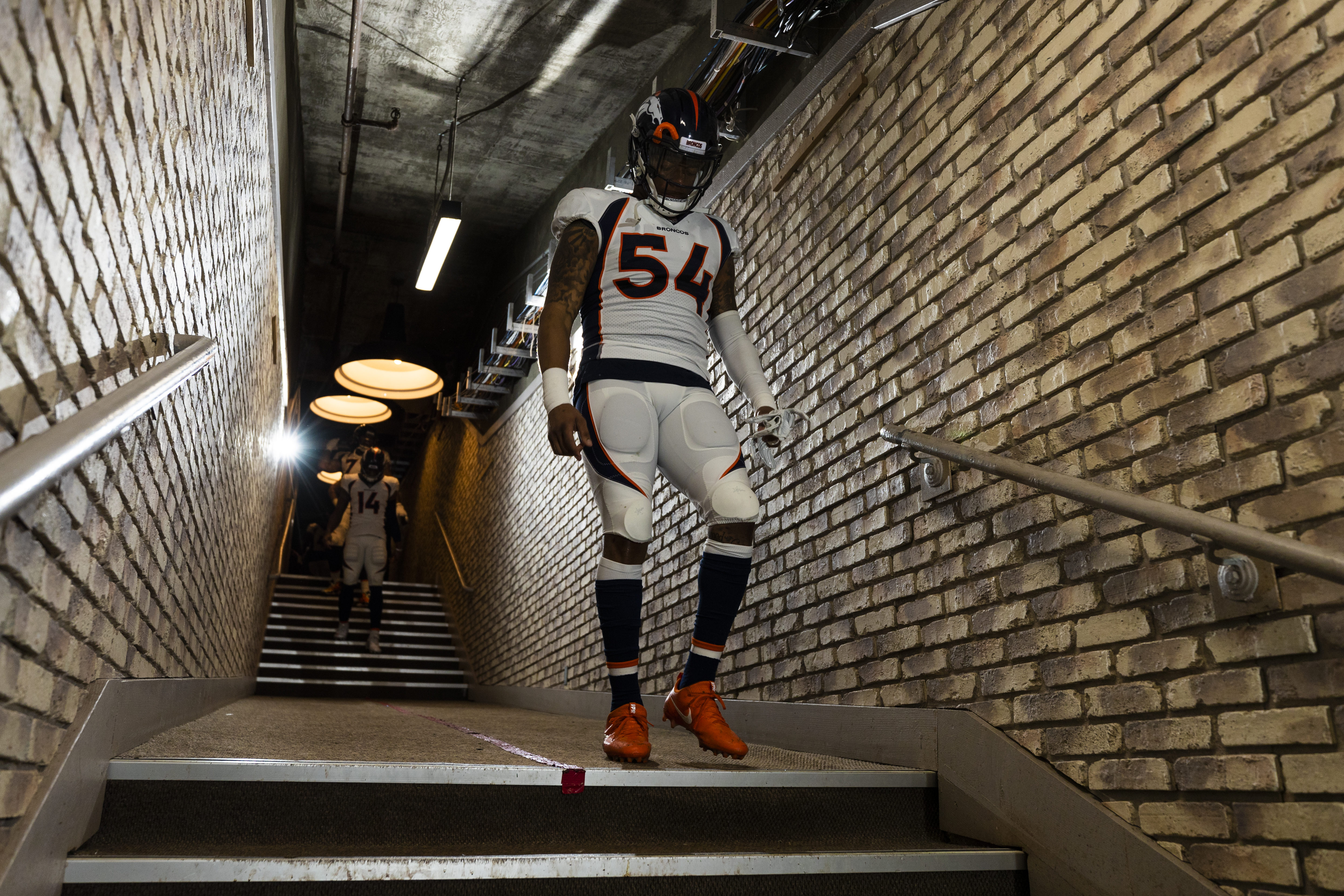 NFL: DEC 24 Broncos at Raiders