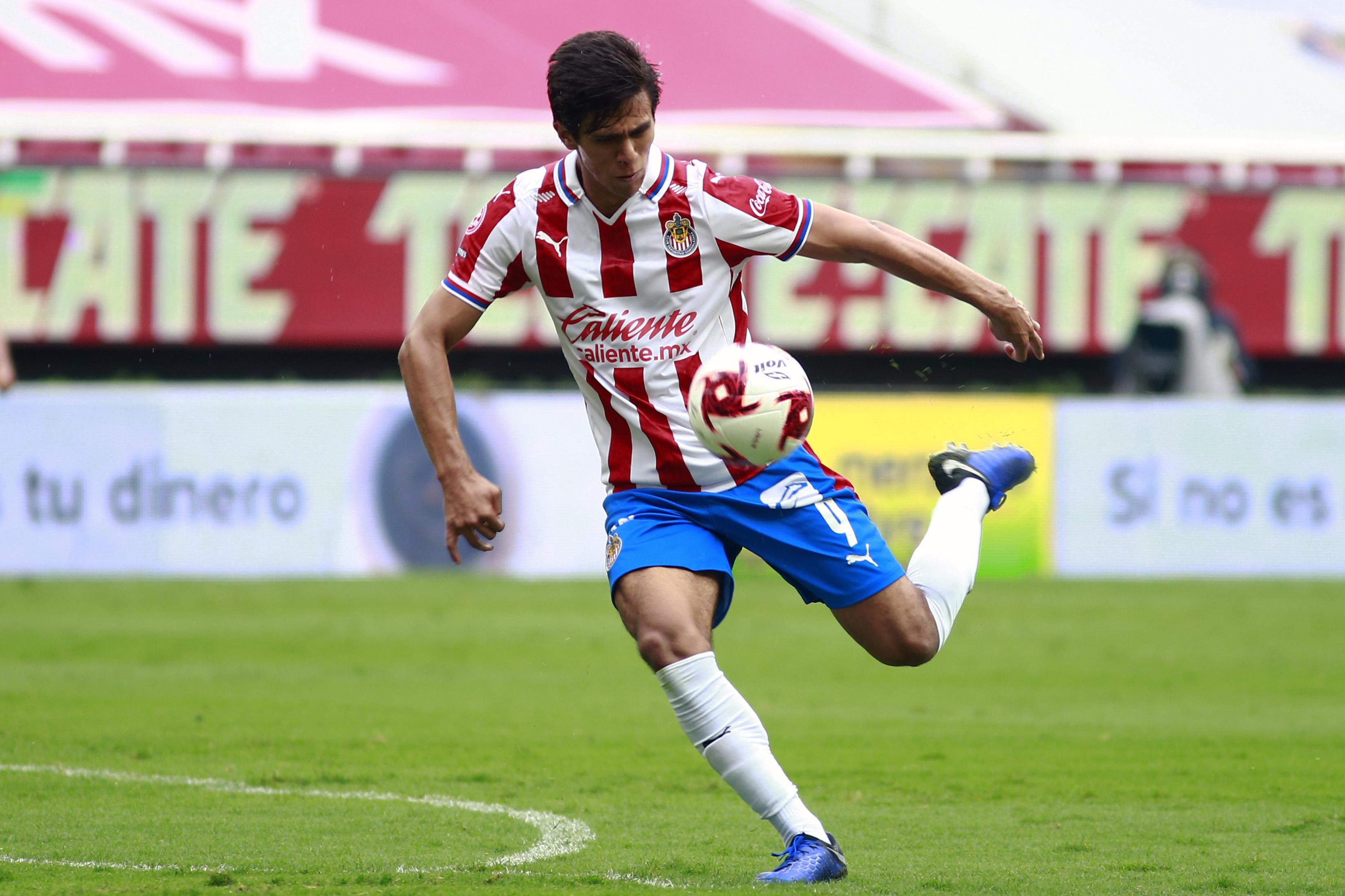 Chivas v Leon - Torneo Guard1anes 2020 Liga MX