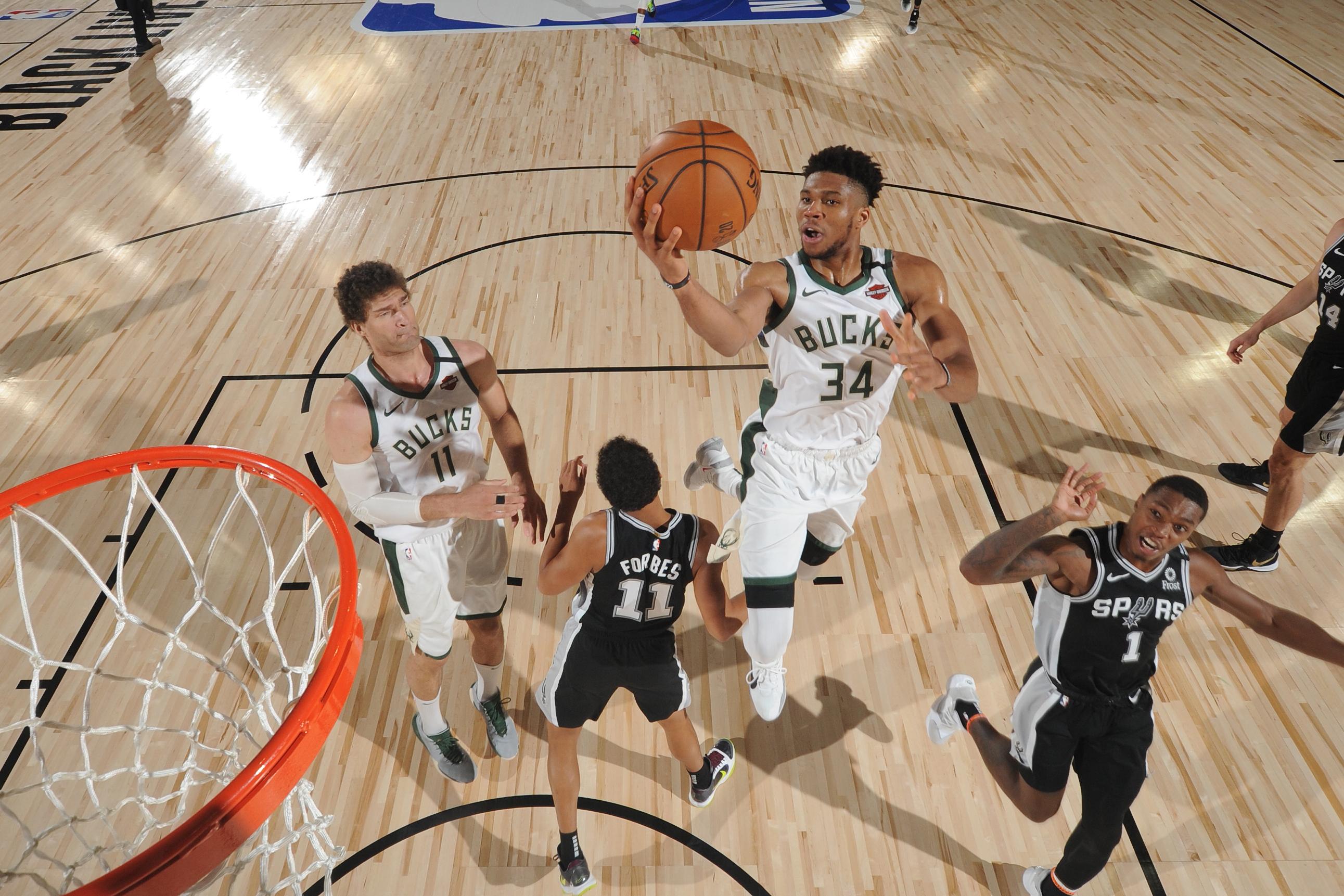 San Antonio Spurs v Milwaukee Bucks