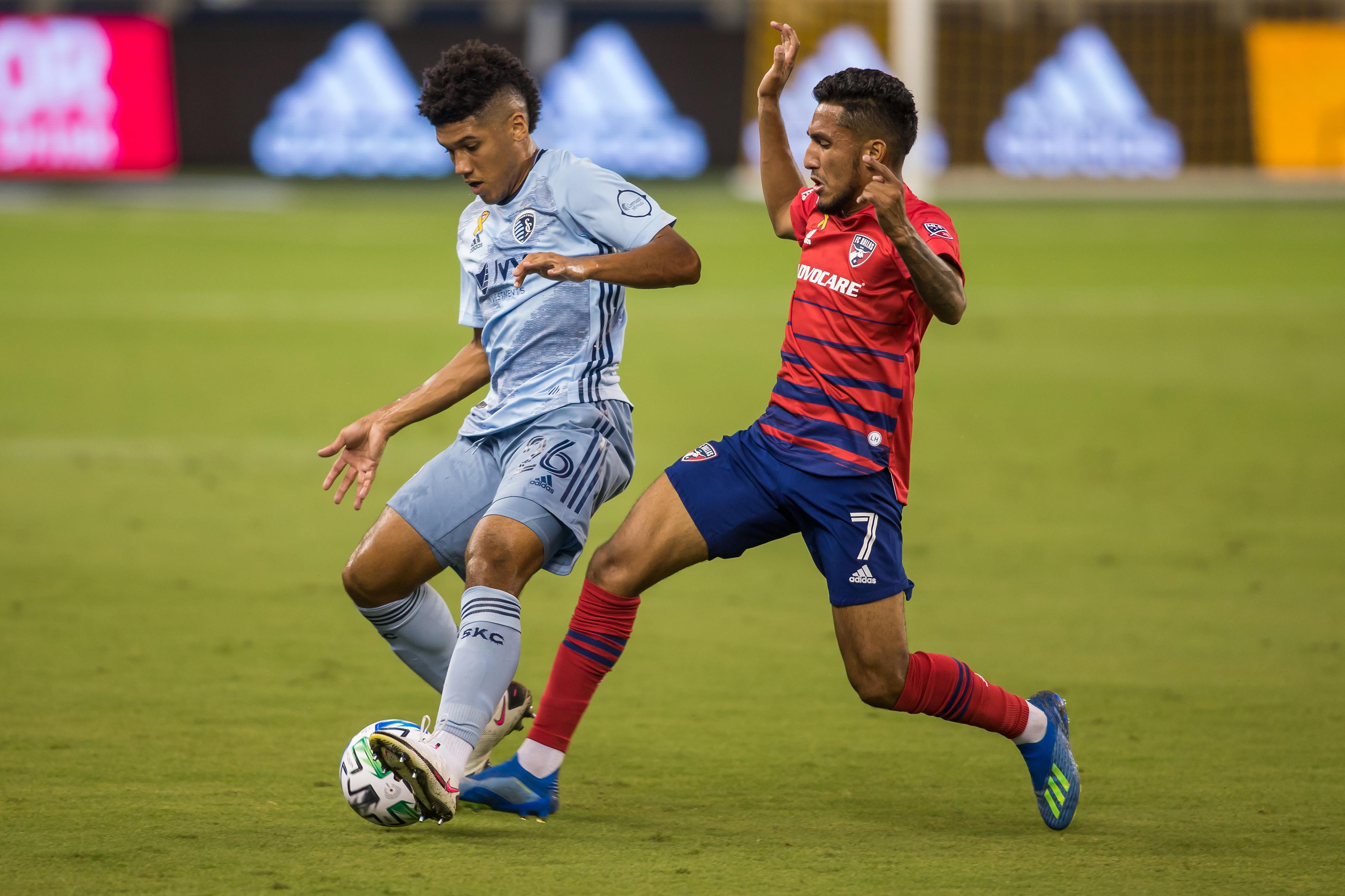 SOCCER: SEP 02 MLS FC Dallas at Sporting Kansas City