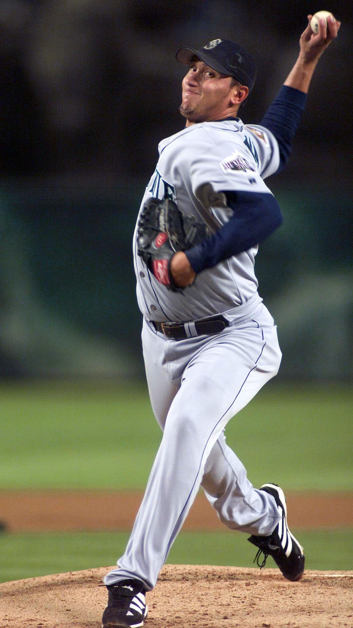 Seattle Mariners' Freddy Garcia delivers a pitch a