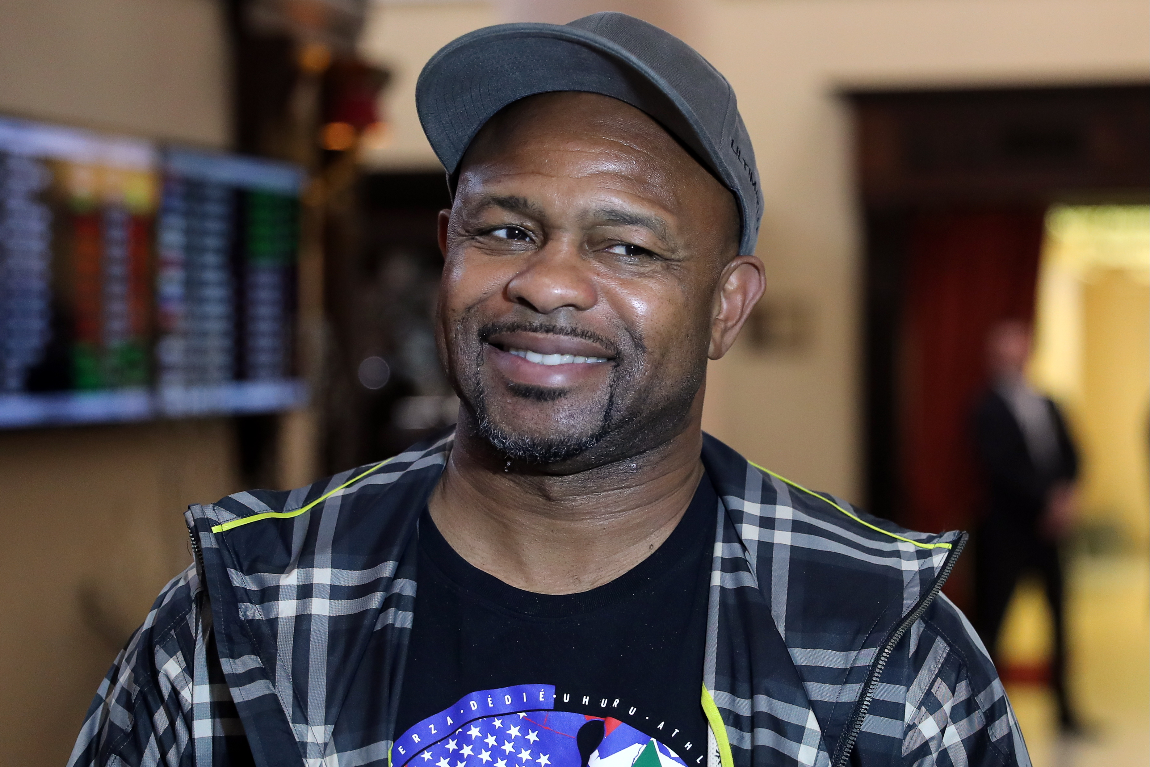 Retired US boxer Roy Jones Jr arrives in Yekaterinburg, Russia for 2nd Global Boxing Forum