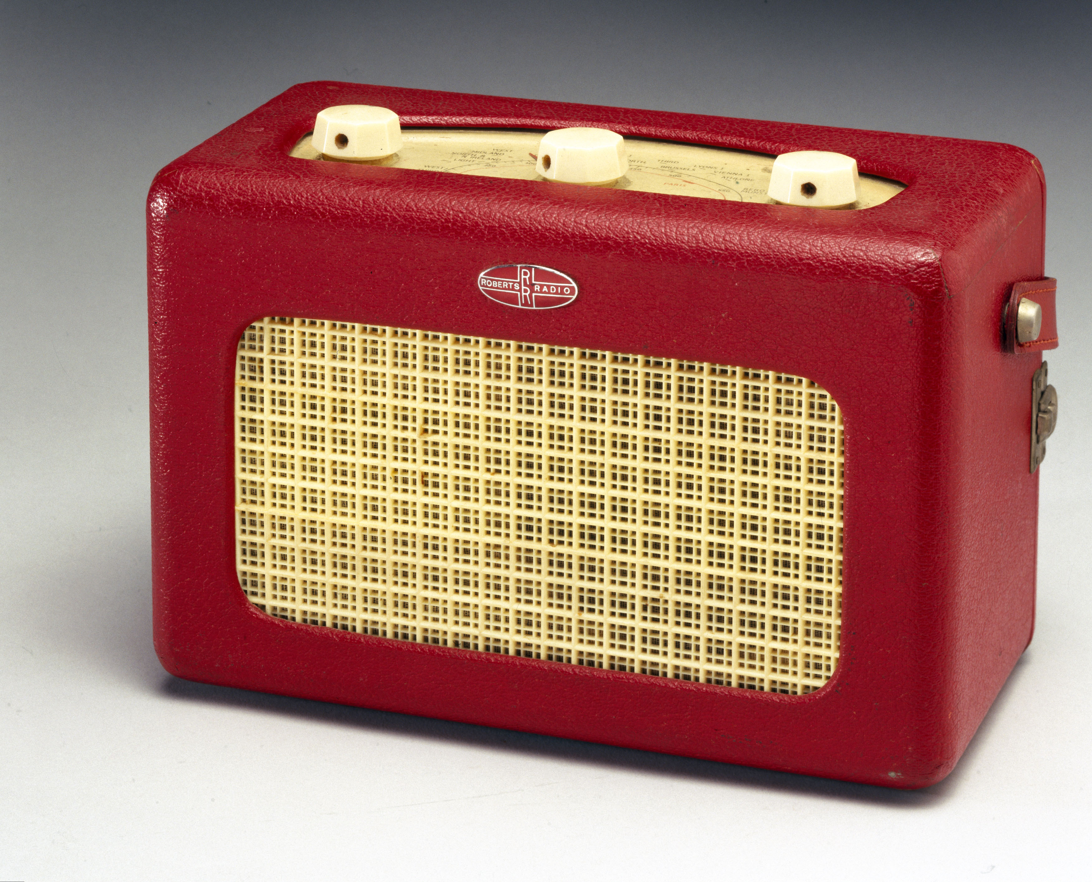 Valve-operated radio, 1955.