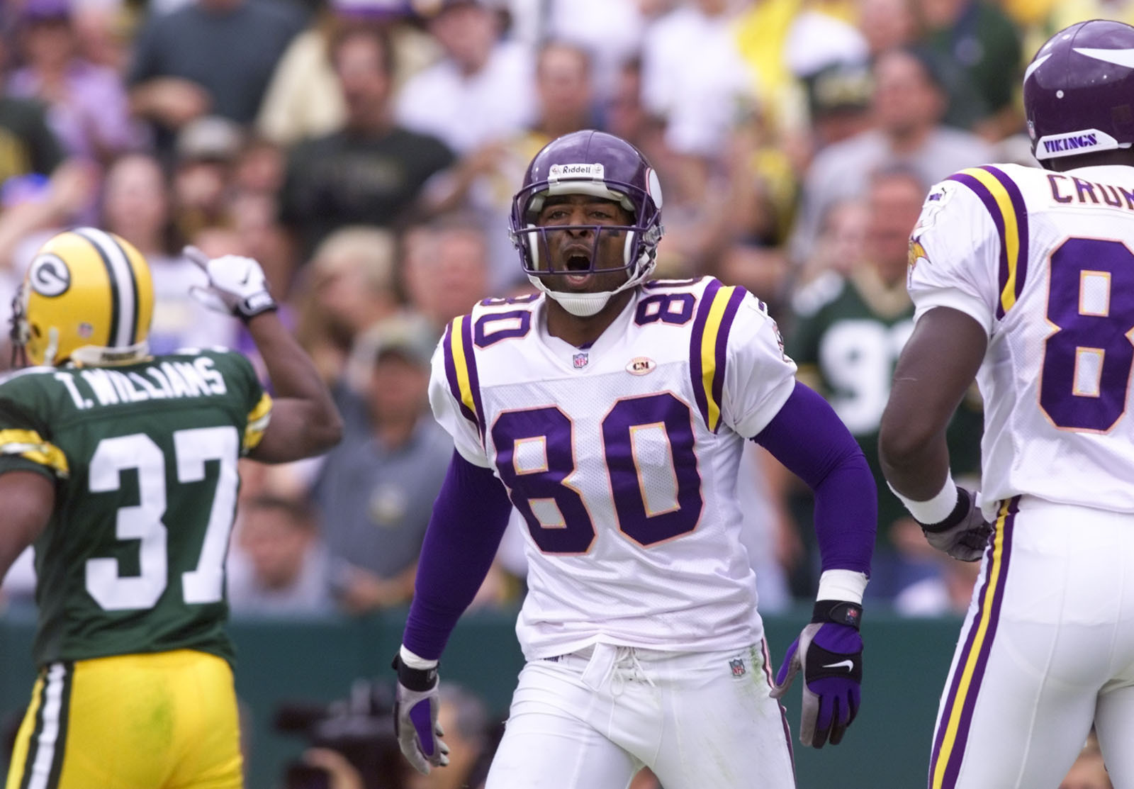 Minnesota Vikings vs green Bay Packers Sept. 26, 1999 — Minnesota Vikings wide receiver Chris Carter lets his emtions show during the 1st quarter of the Packer Viking matchup Sunday at Lambeau Field in Green ay WI. The Vikings lost the game when the Pack