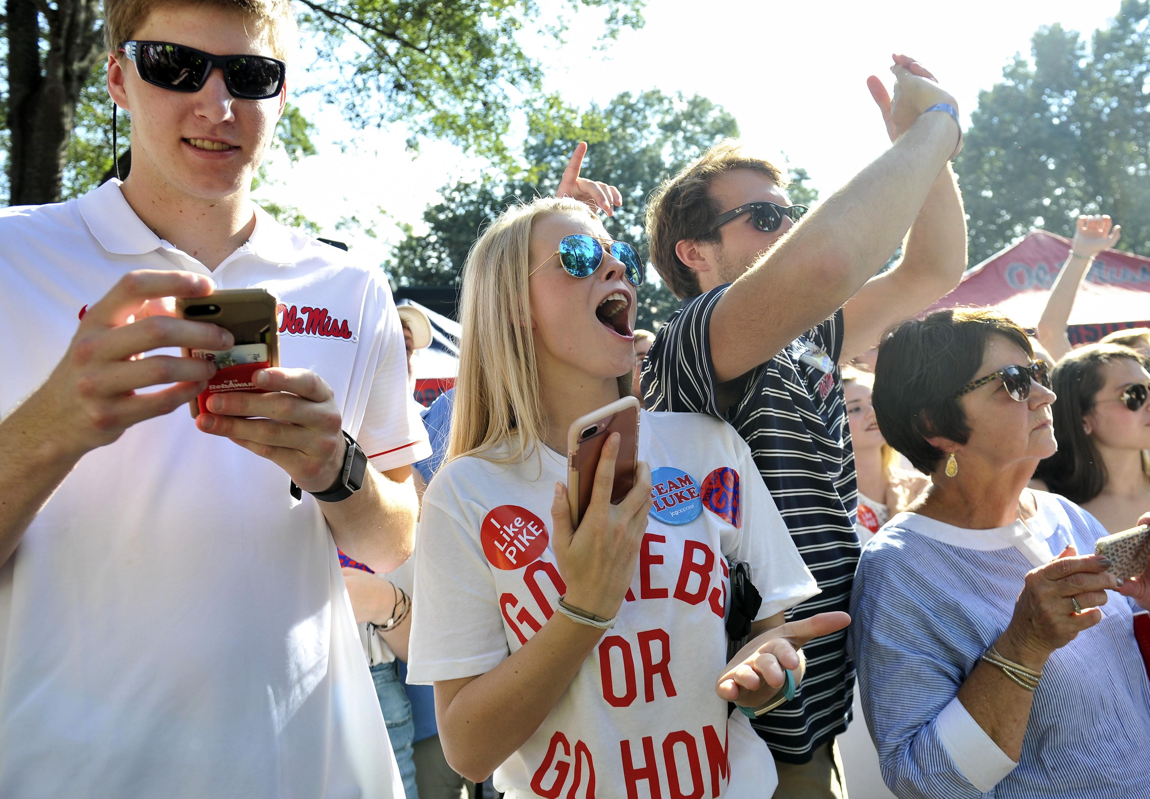 NCAA Football: South Alabama at Mississippi