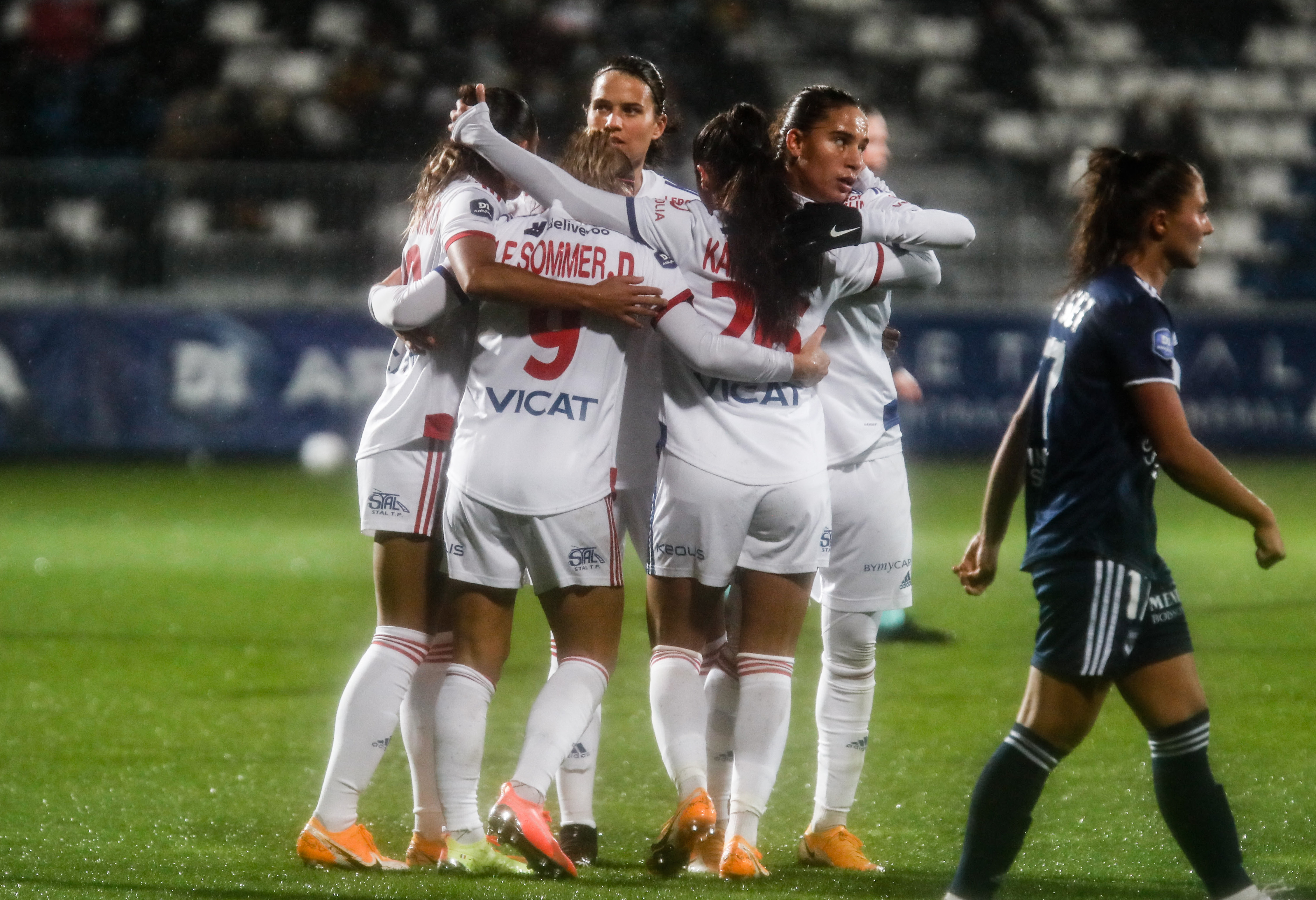 Olympique Lyonnais v Girondins de Bordeaux - D1 Arkema