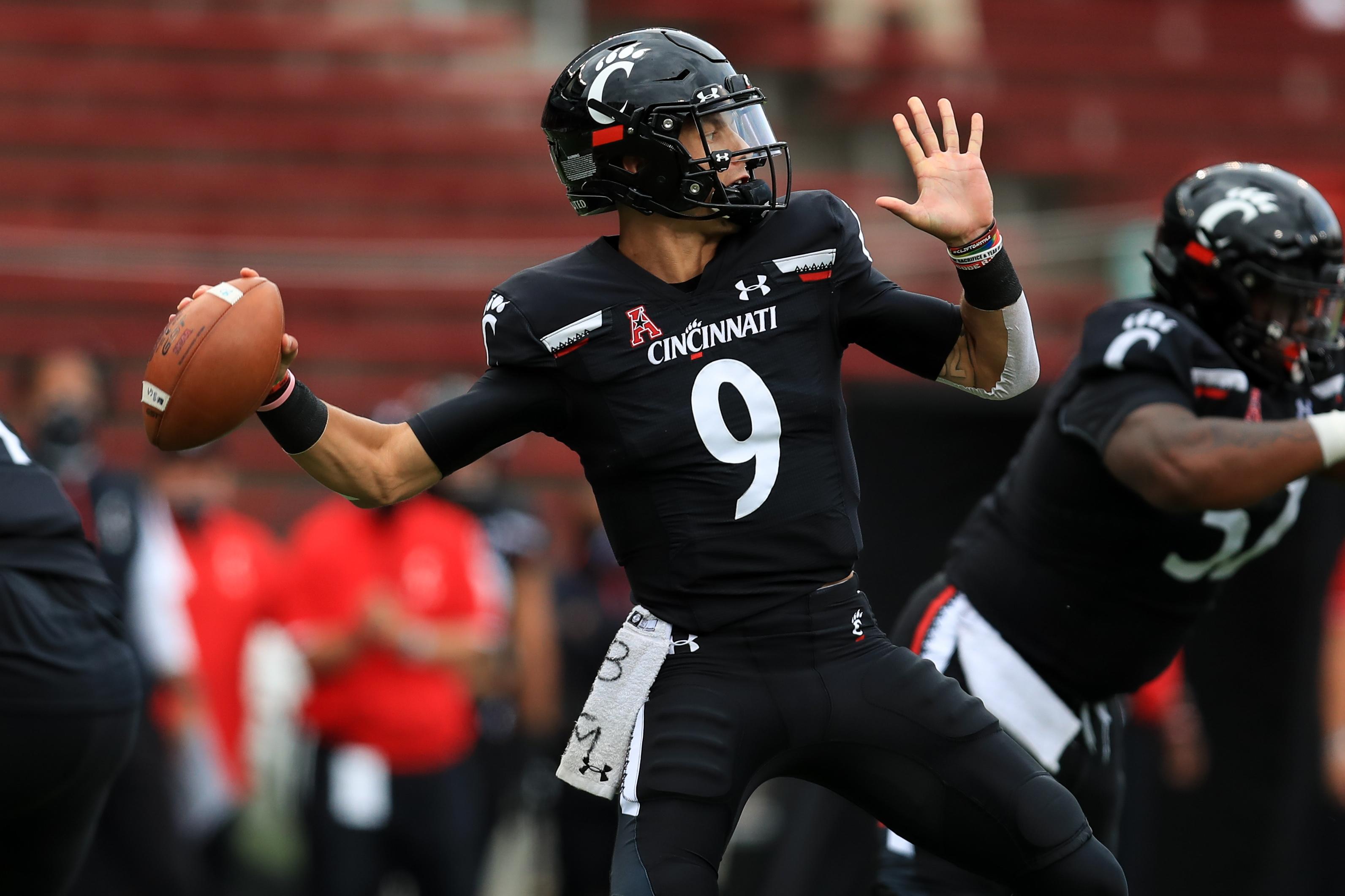 NCAA Football: Army at Cincinnati