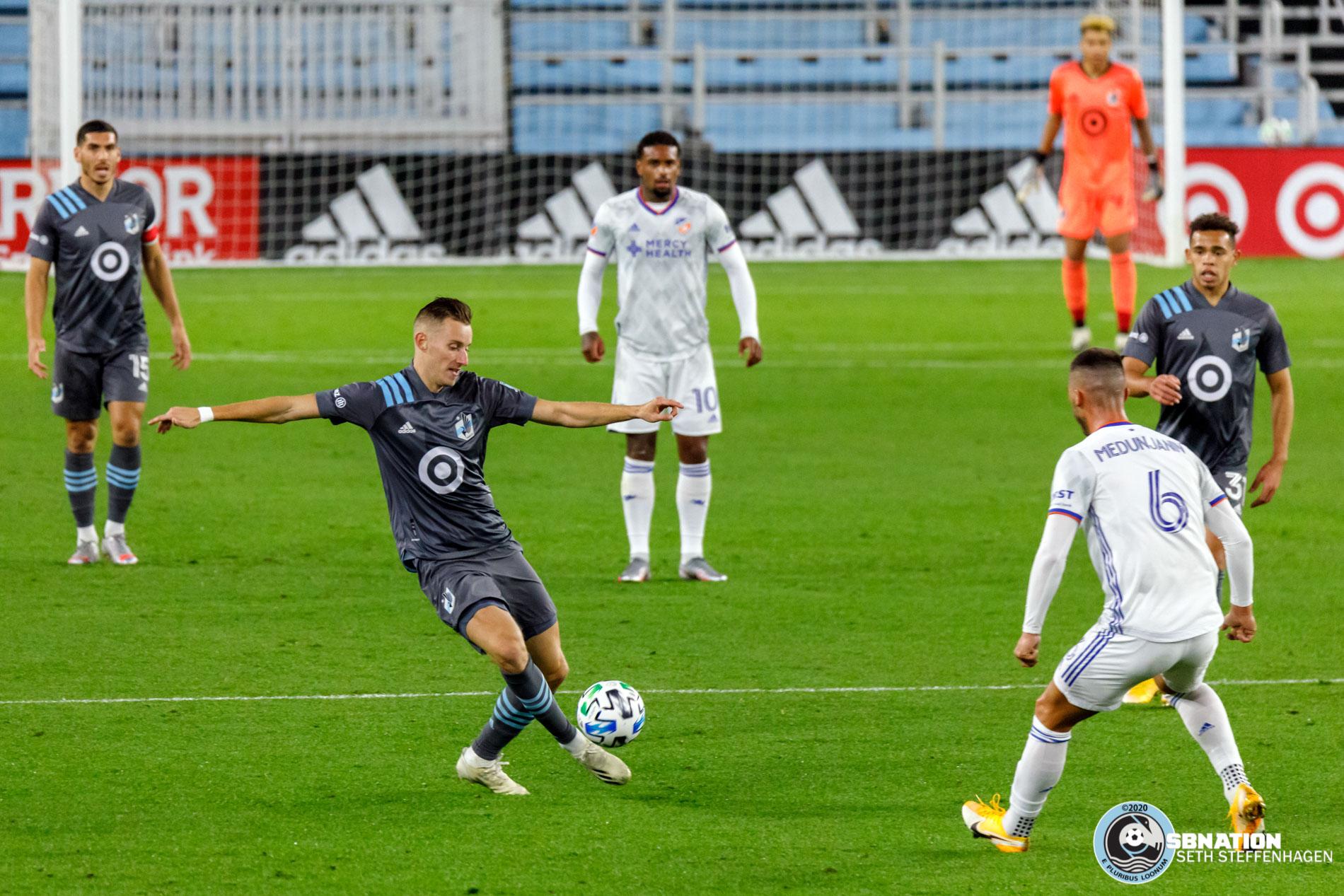 October 3, 2020 - Saint Paul, Minnesota, United States - Minnesota United midfielder Ján Greguš (8) passes the ball during the match against FC Cincinnati at Allianz Field.