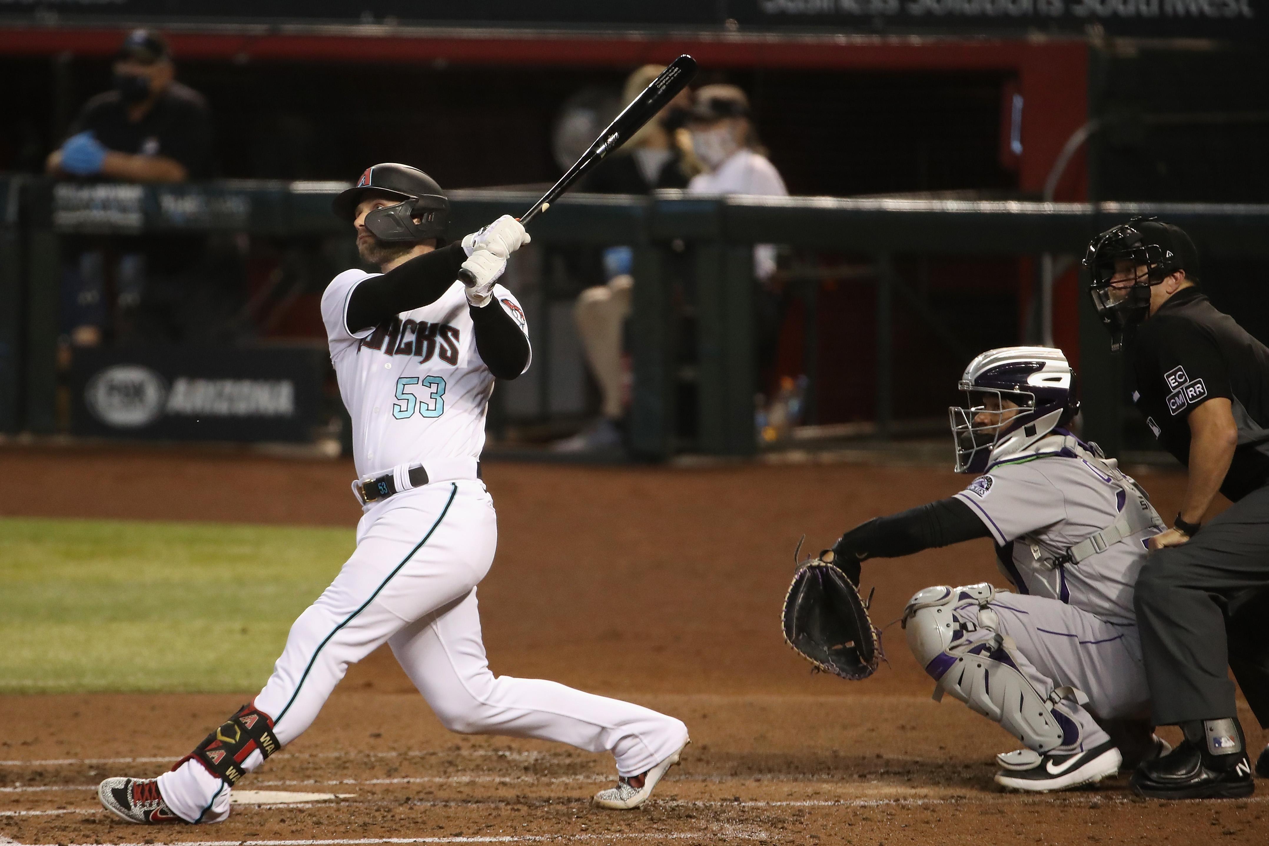 Christian Walker hits a 2-run homer.