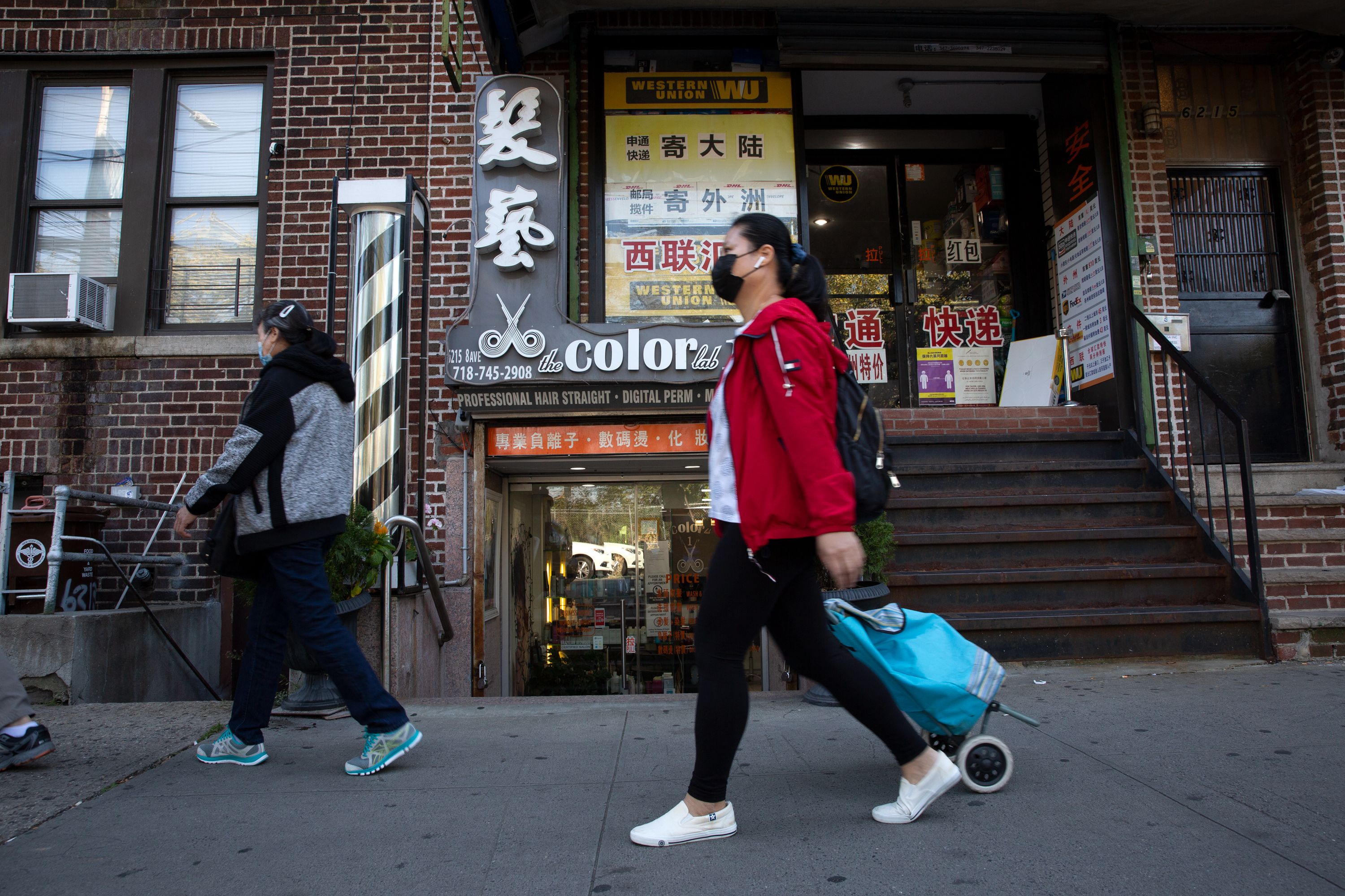 Some Sunset Park business owners along Eight Avenue expressed confusion over Gov. Andrew Cuomo's recent coronavirus restrictions, Oct. 7, 2020.