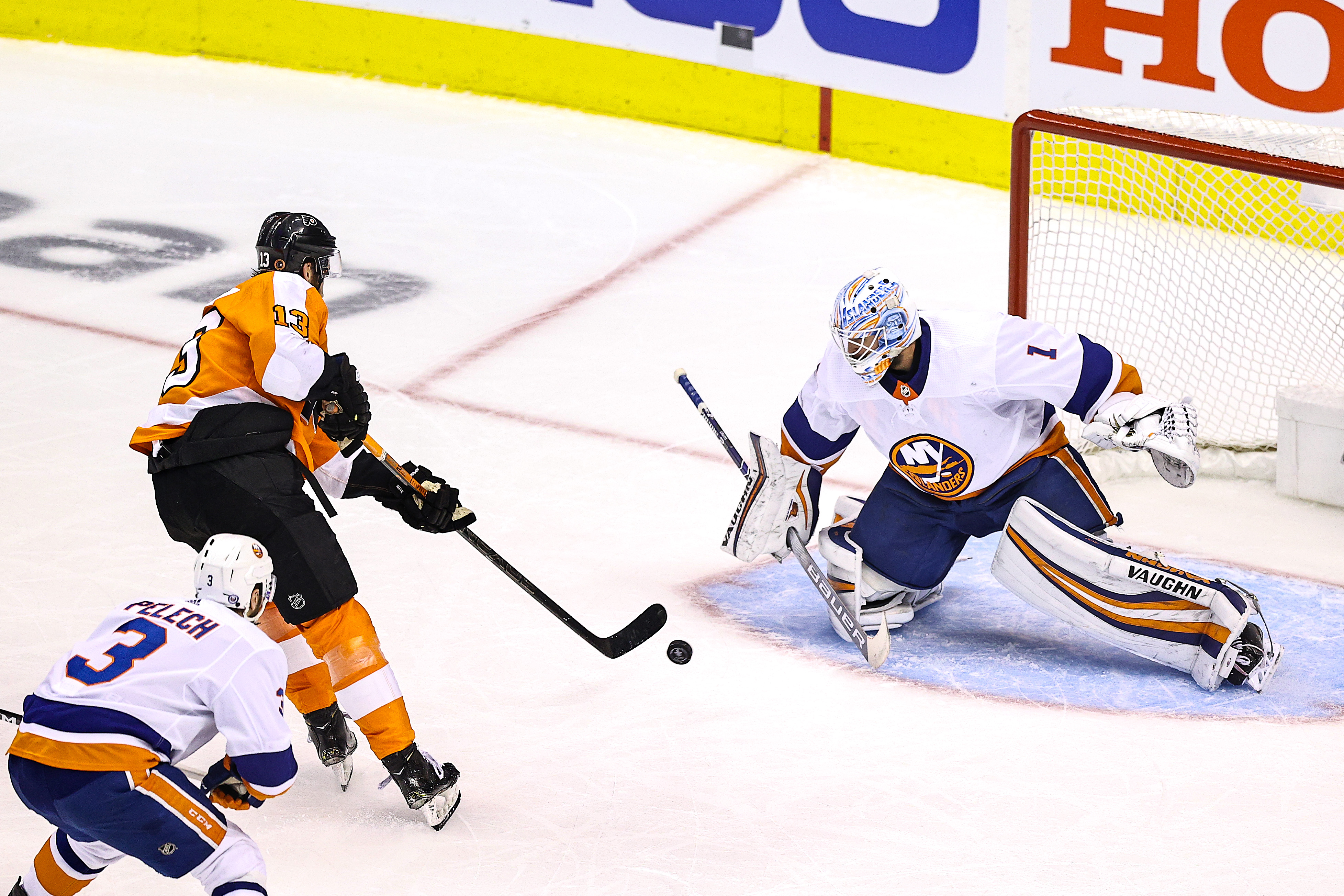 New York Islanders v Philadelphia Flyers - Game Seven
